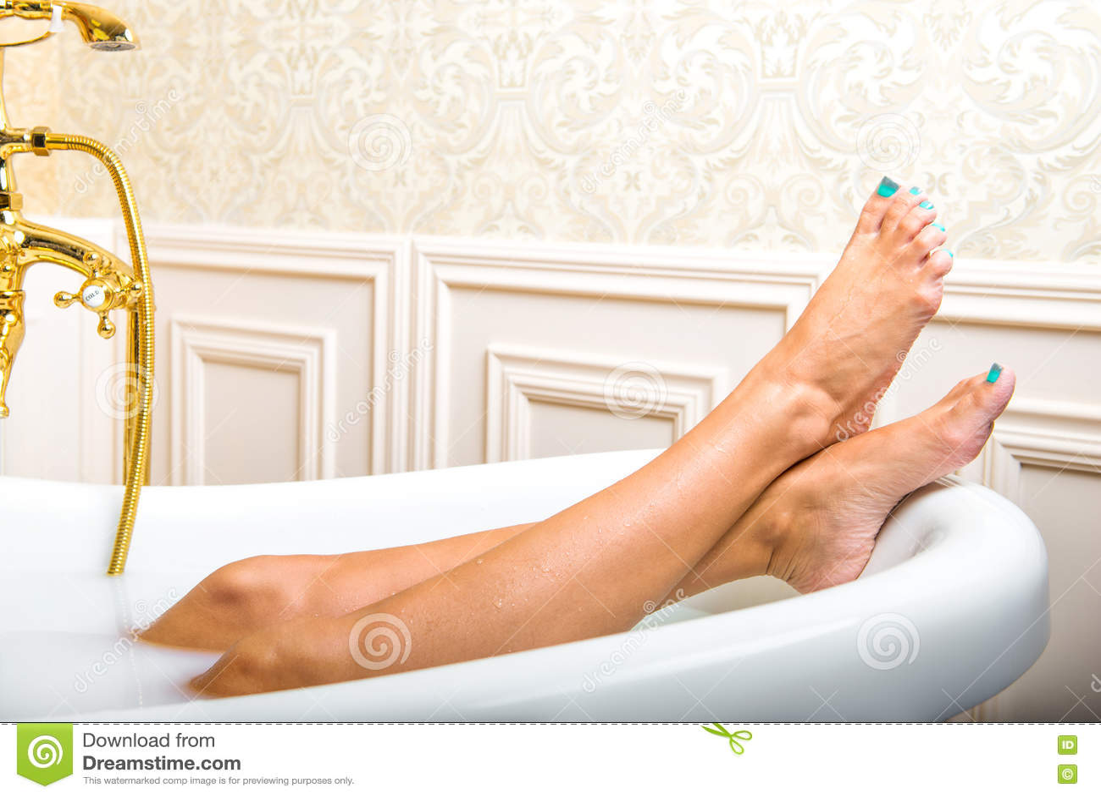 Лежа в ванне фото фото 601-33