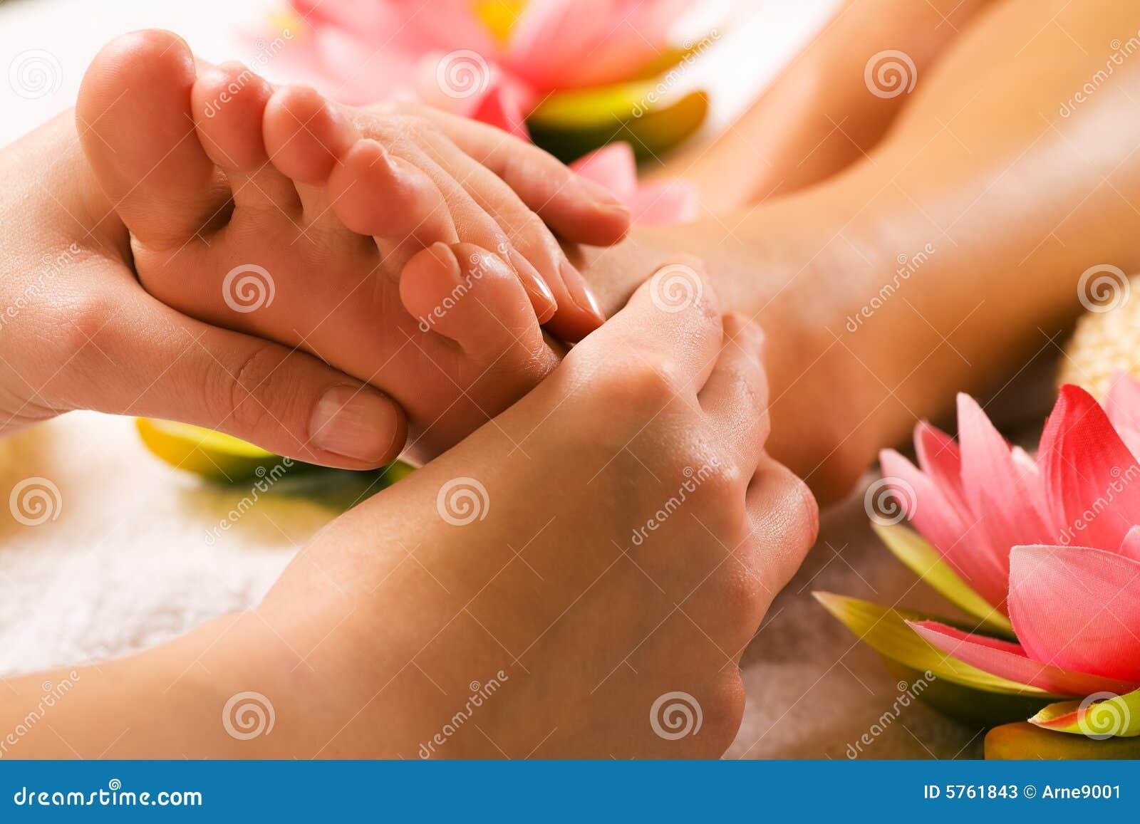 ноги массажа