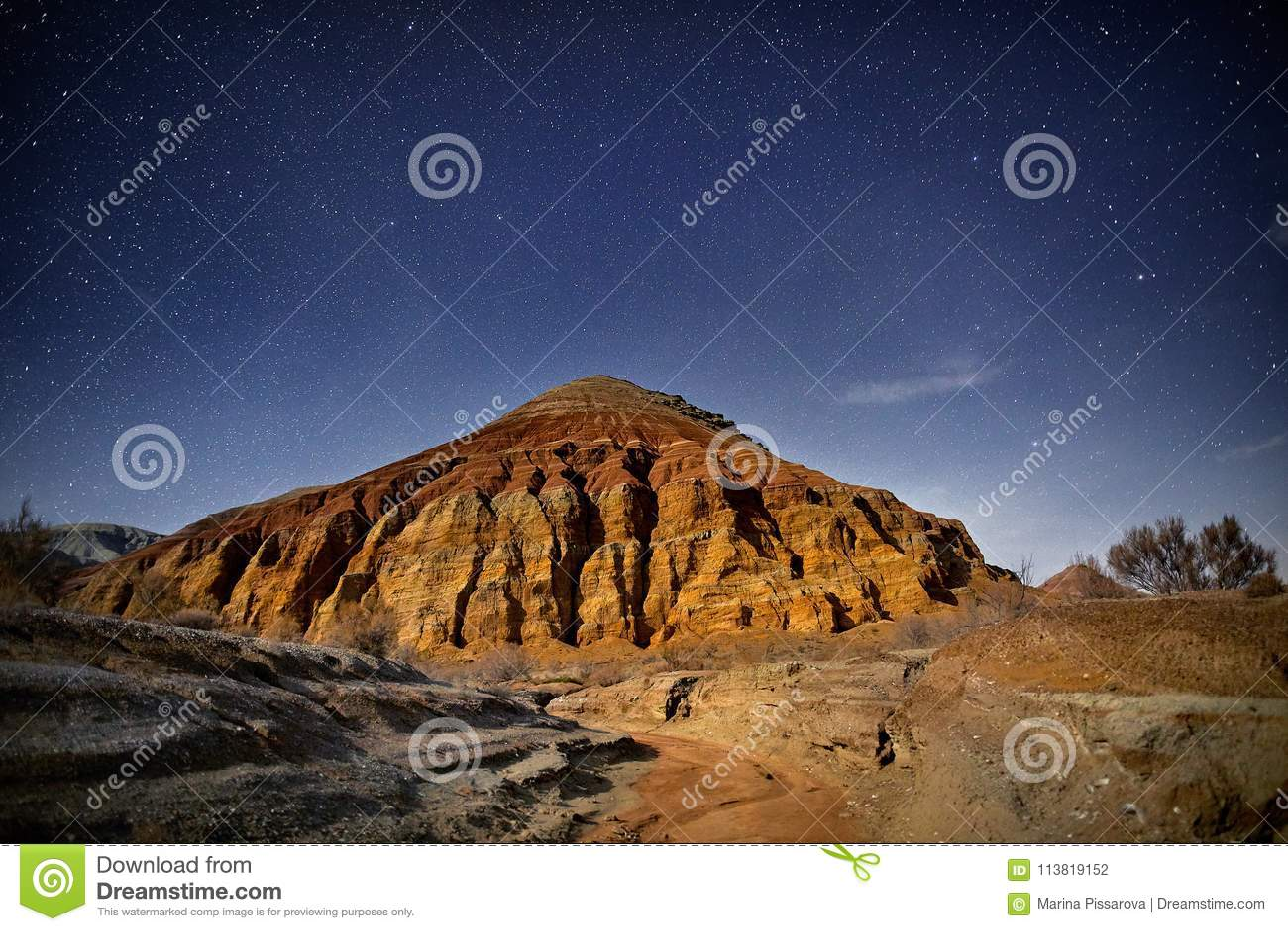 Ноча в пустыне