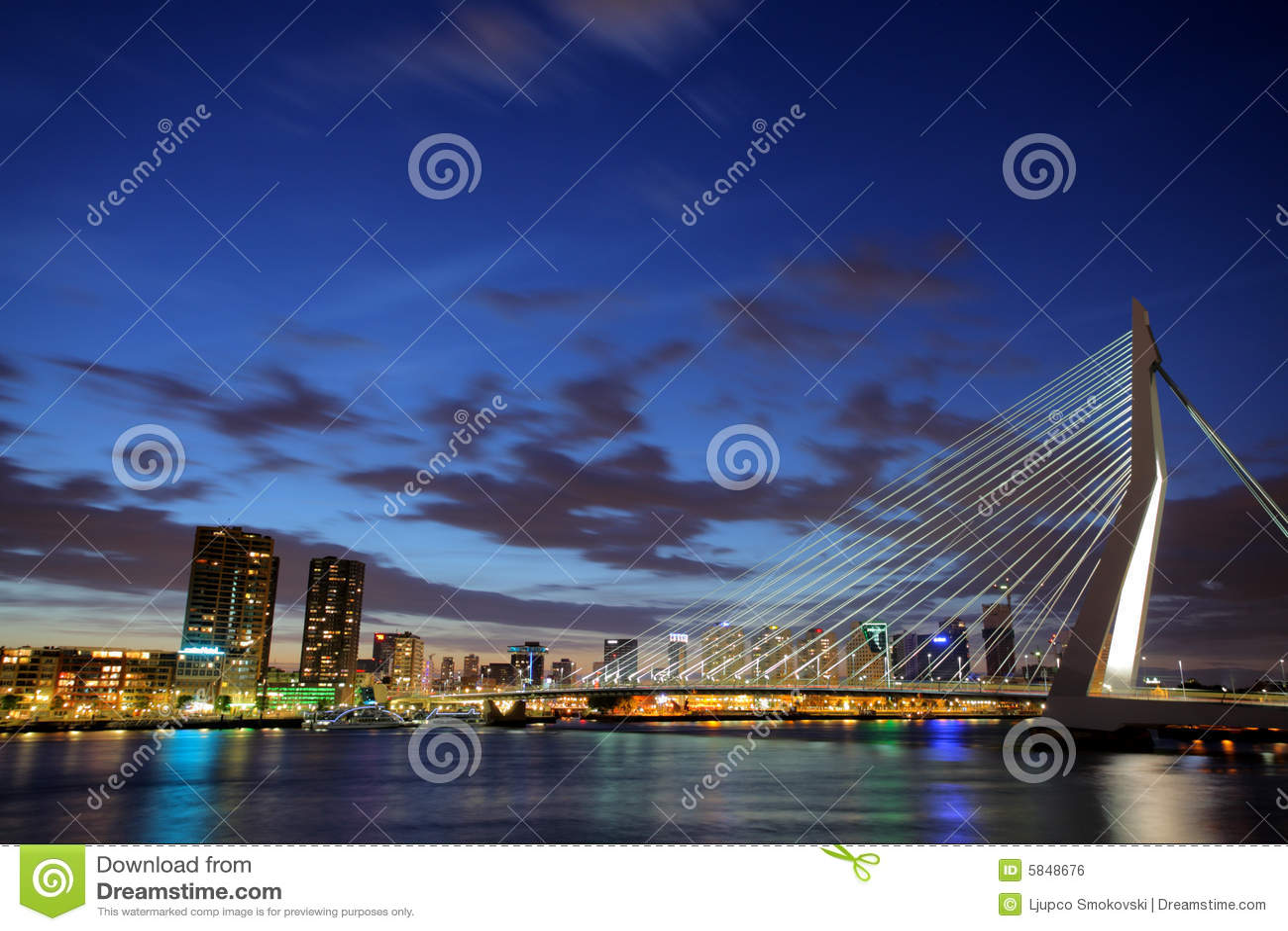 ноча rotterdam erasmus моста