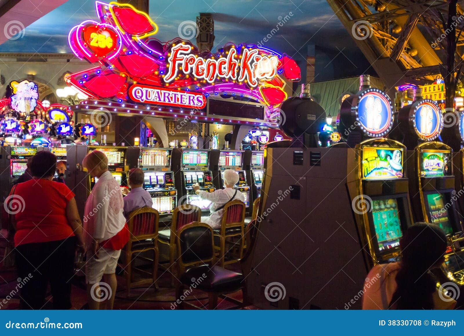 Казино на жизни людей казино фортуна плей обзор