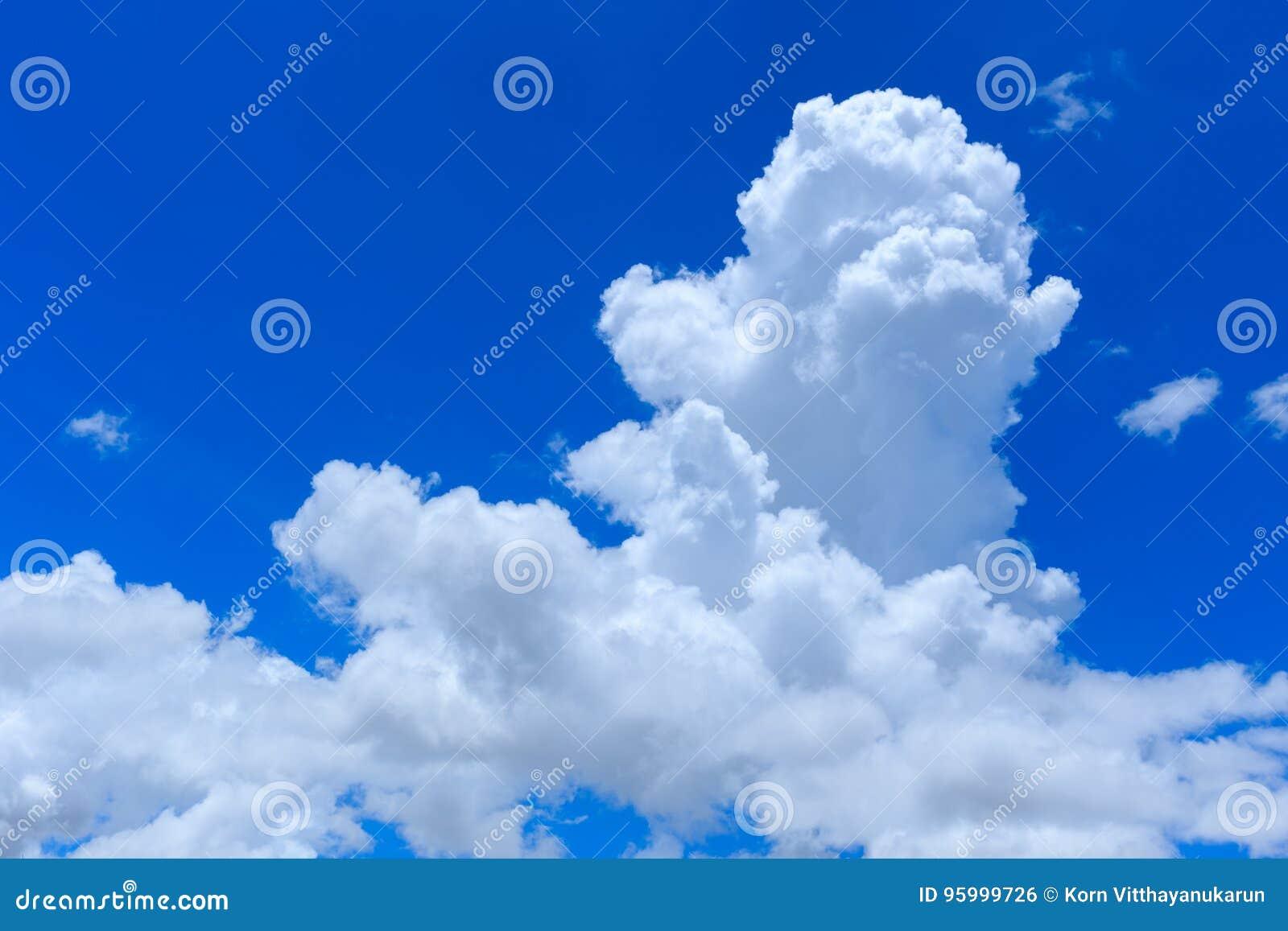 Облако кумулюса облако неба дня