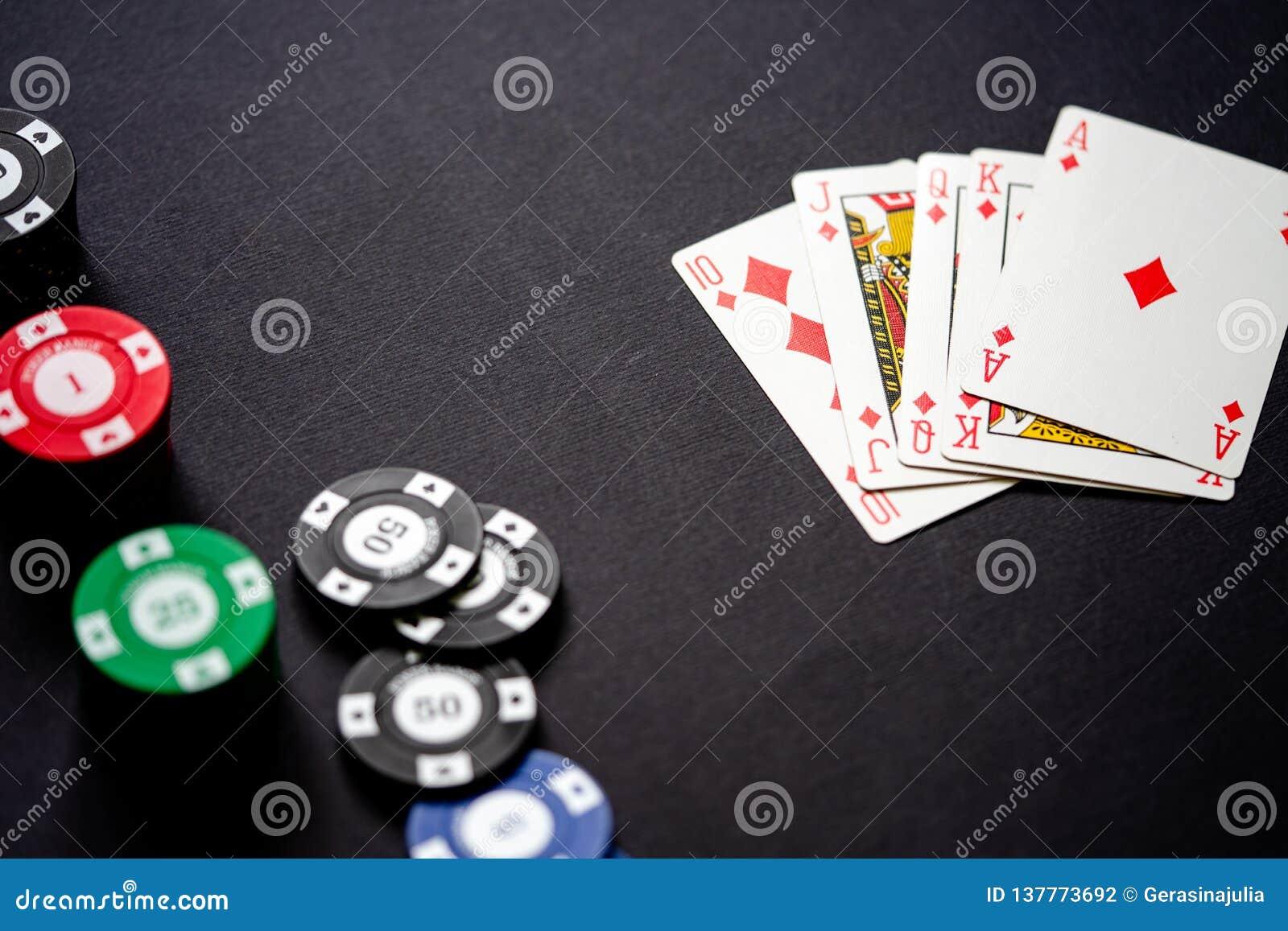 Карты и казино игры онлайн казино рулетка бонус