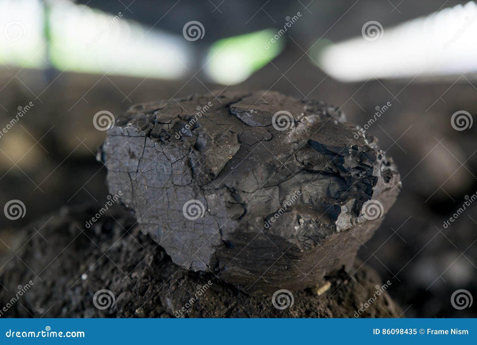 Обрабатывать в угольной шахте