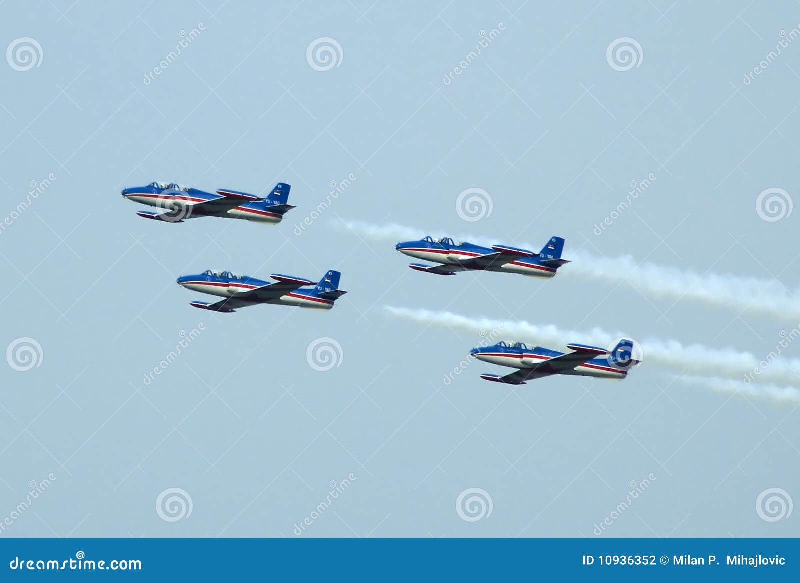 образование штурма 3 самолетов