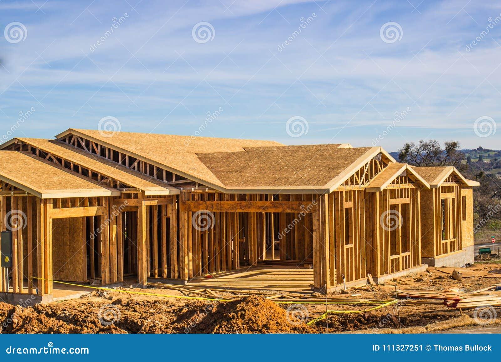 Обрамлять новой домашней конструкции