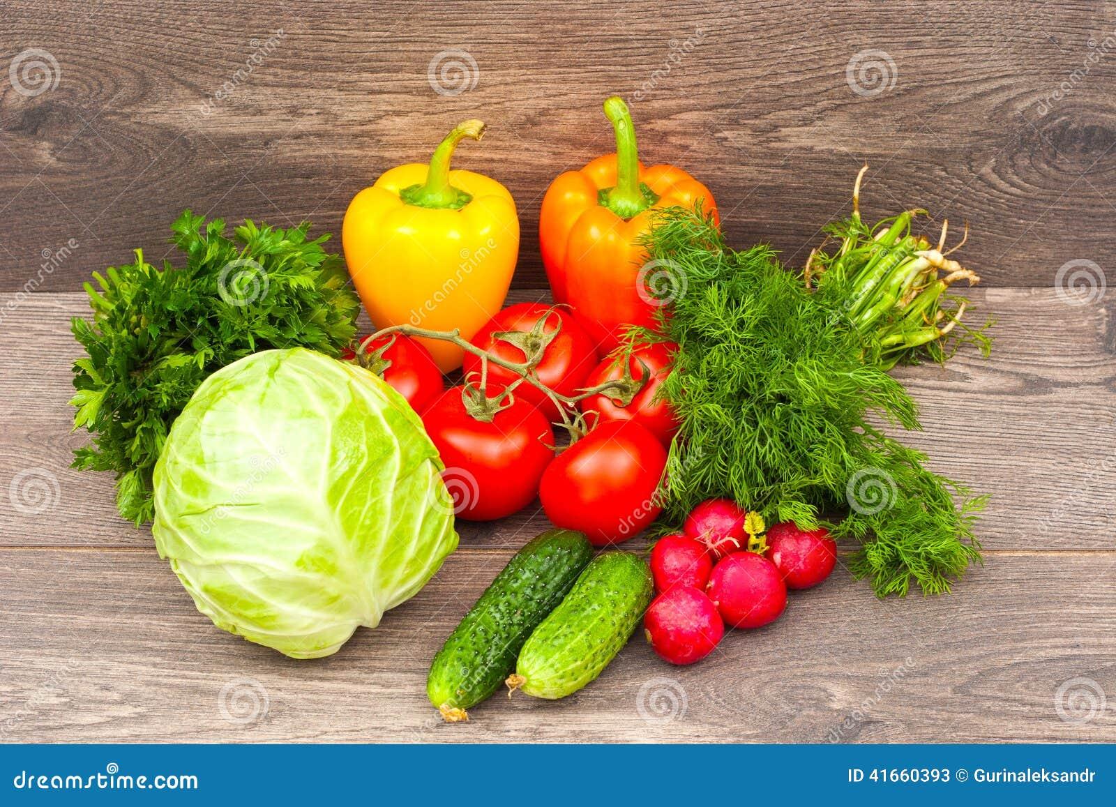 овощи продуктов свежего рынка земледелия