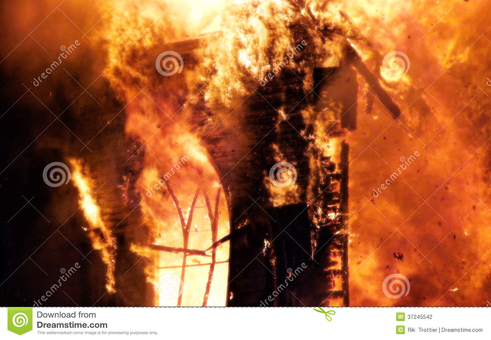 Огонь церков