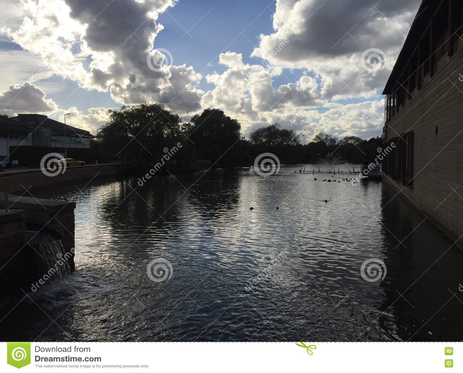 Озеро арены на парке Stockley, Middlesex