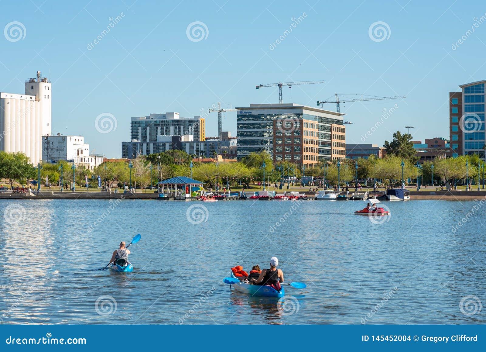 Озеро городк Tempe