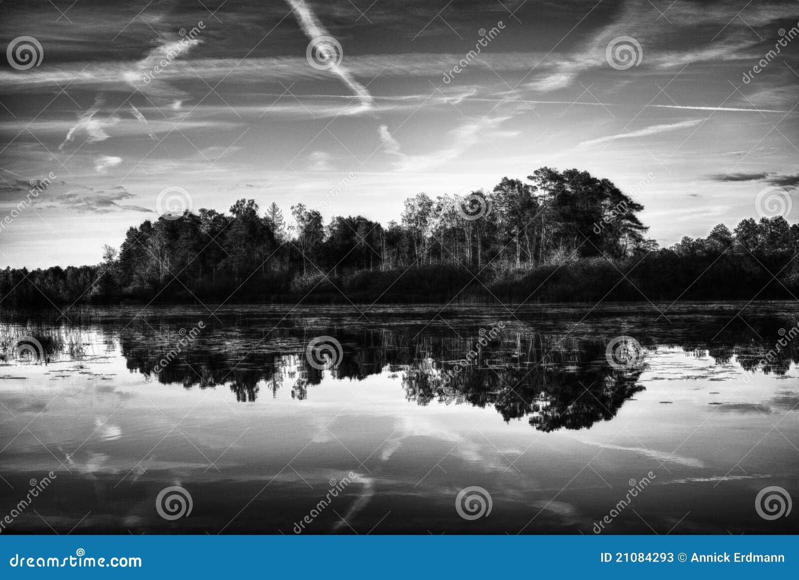 озеро страны