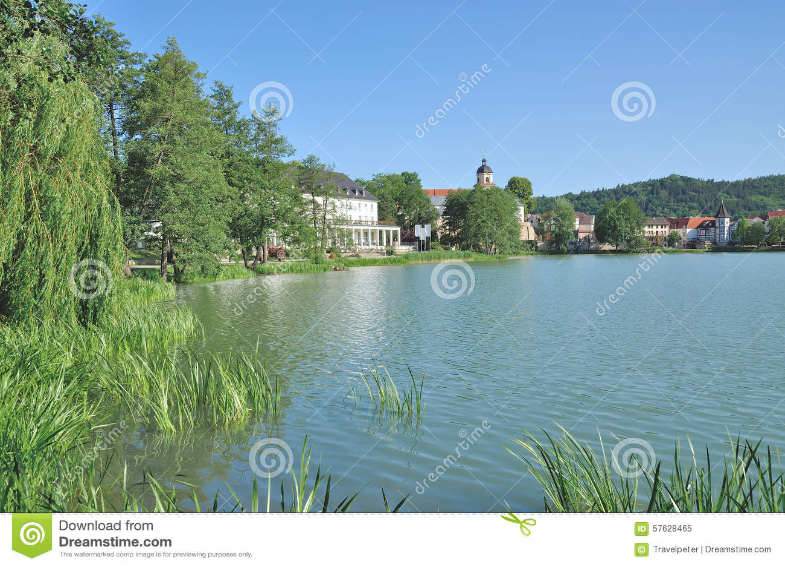 Озеро Burgsee, плохое Salzungen, тюрингия, Германия