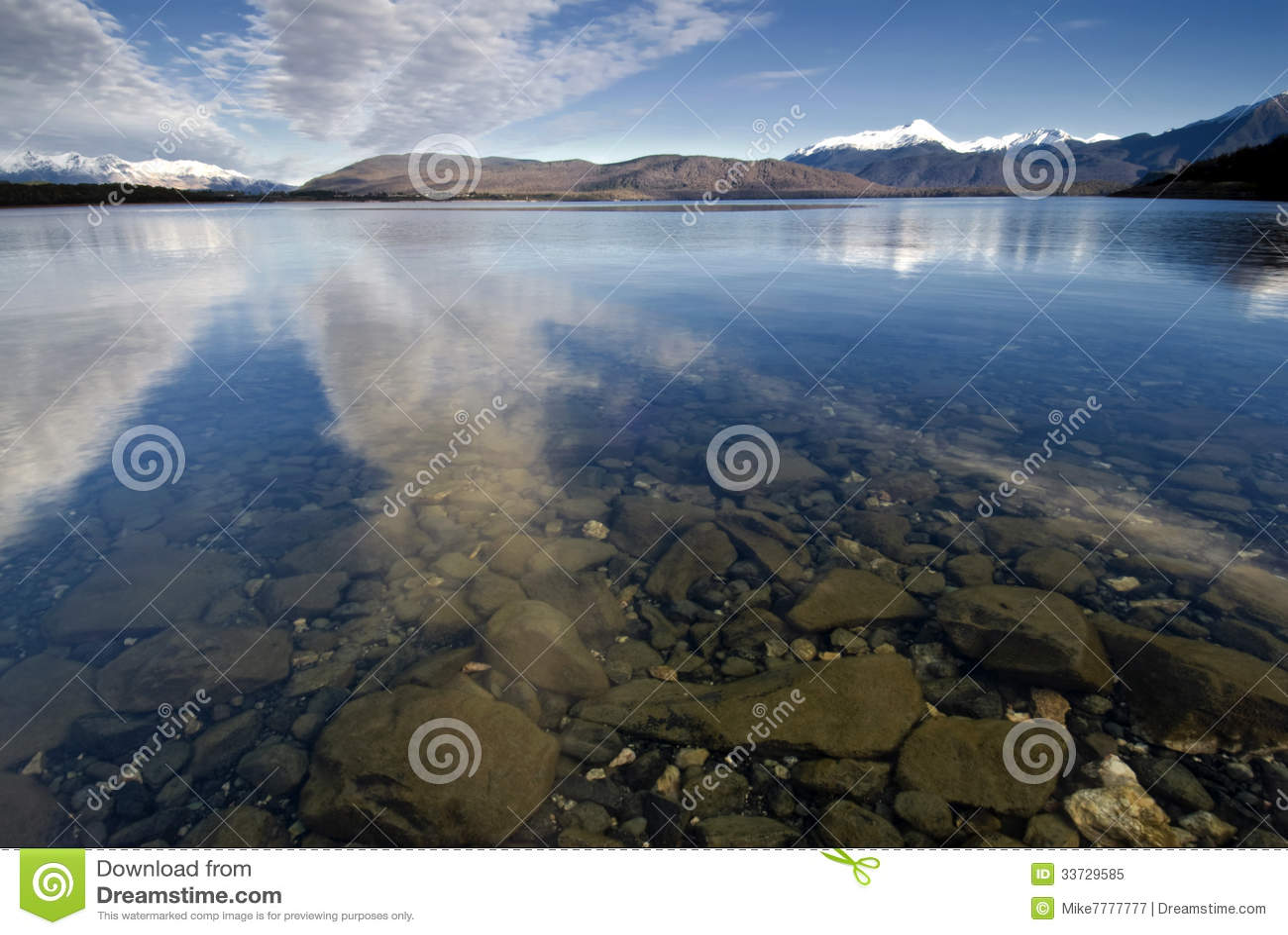 Озеро Manapouri, южный остров, Новая Зеландия.