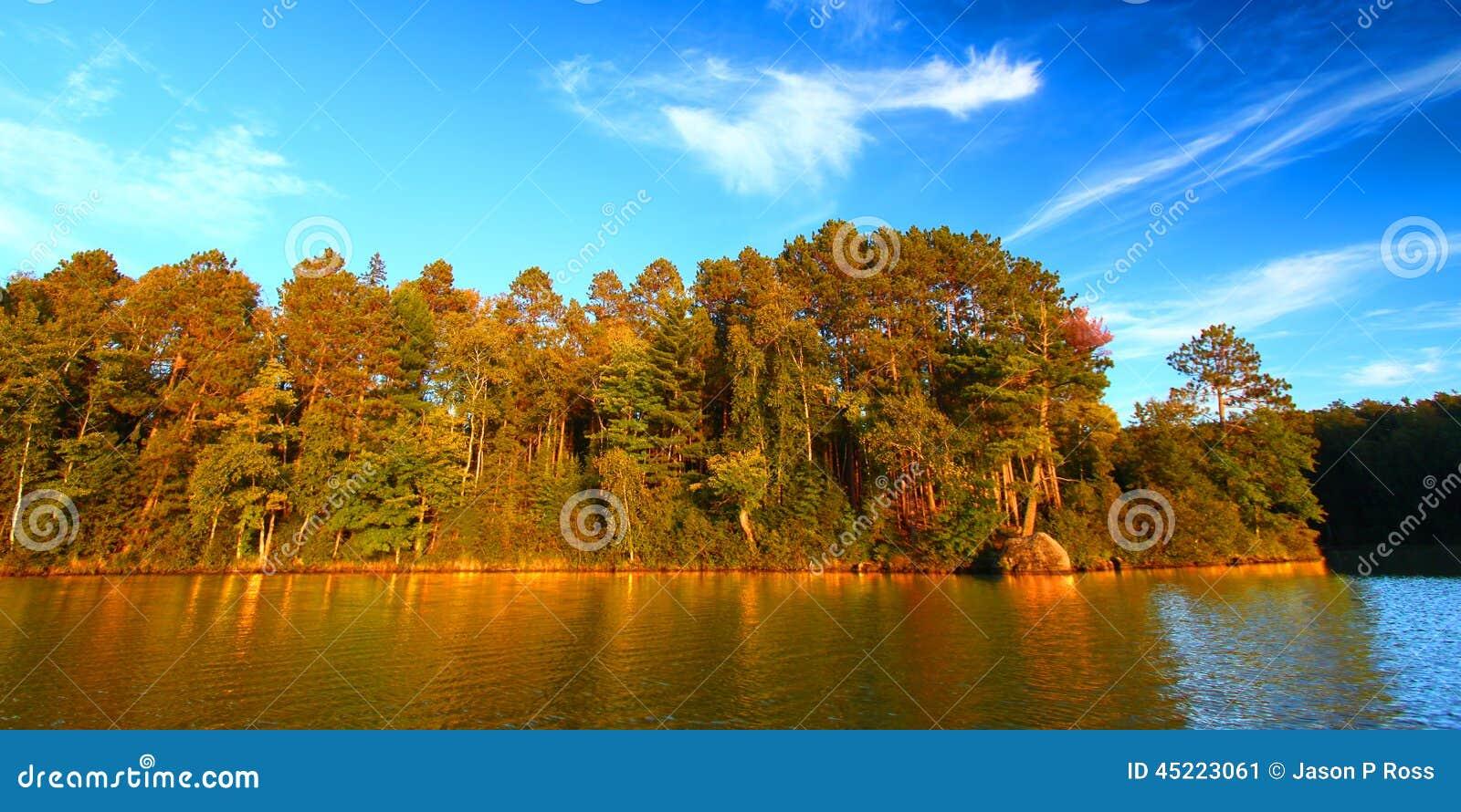 Озеро Northwoods Висконсин Sweeney