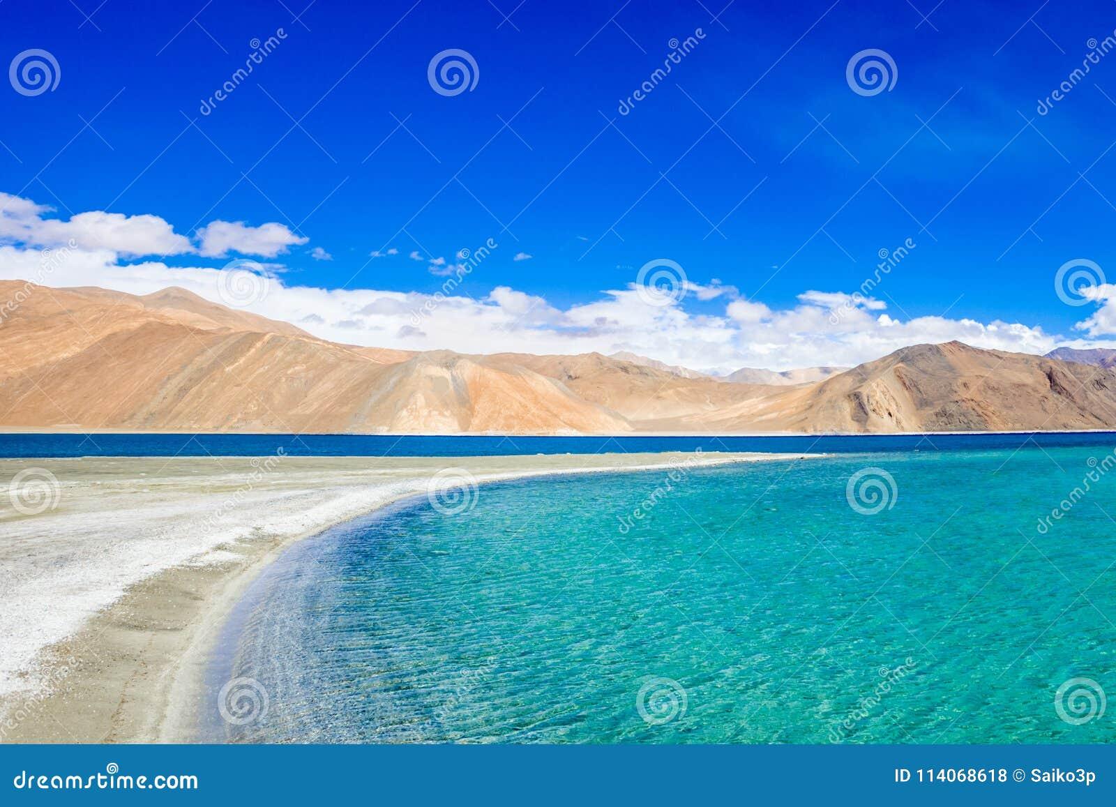 Озеро Pangong