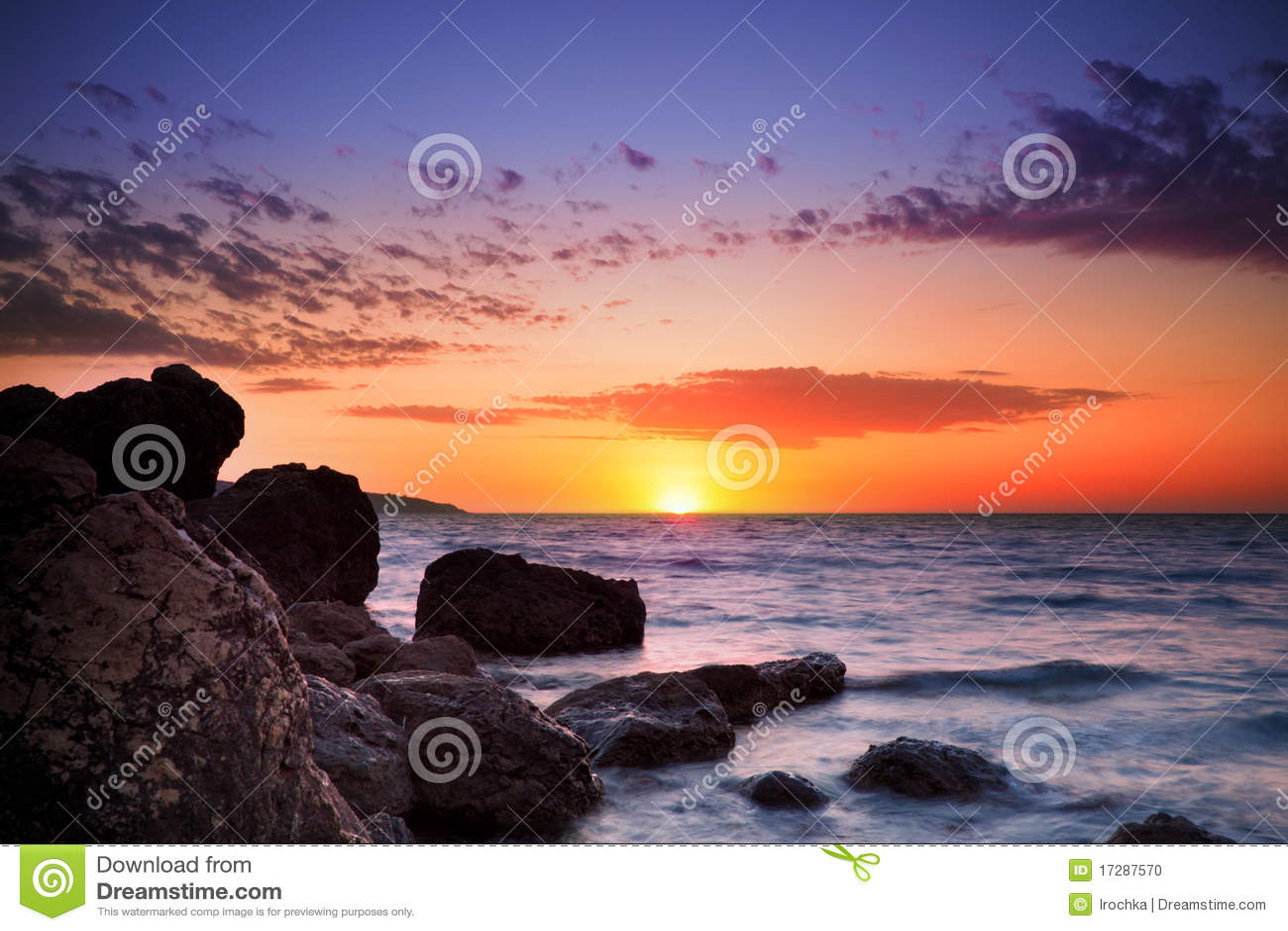океан горизонта над восходом солнца