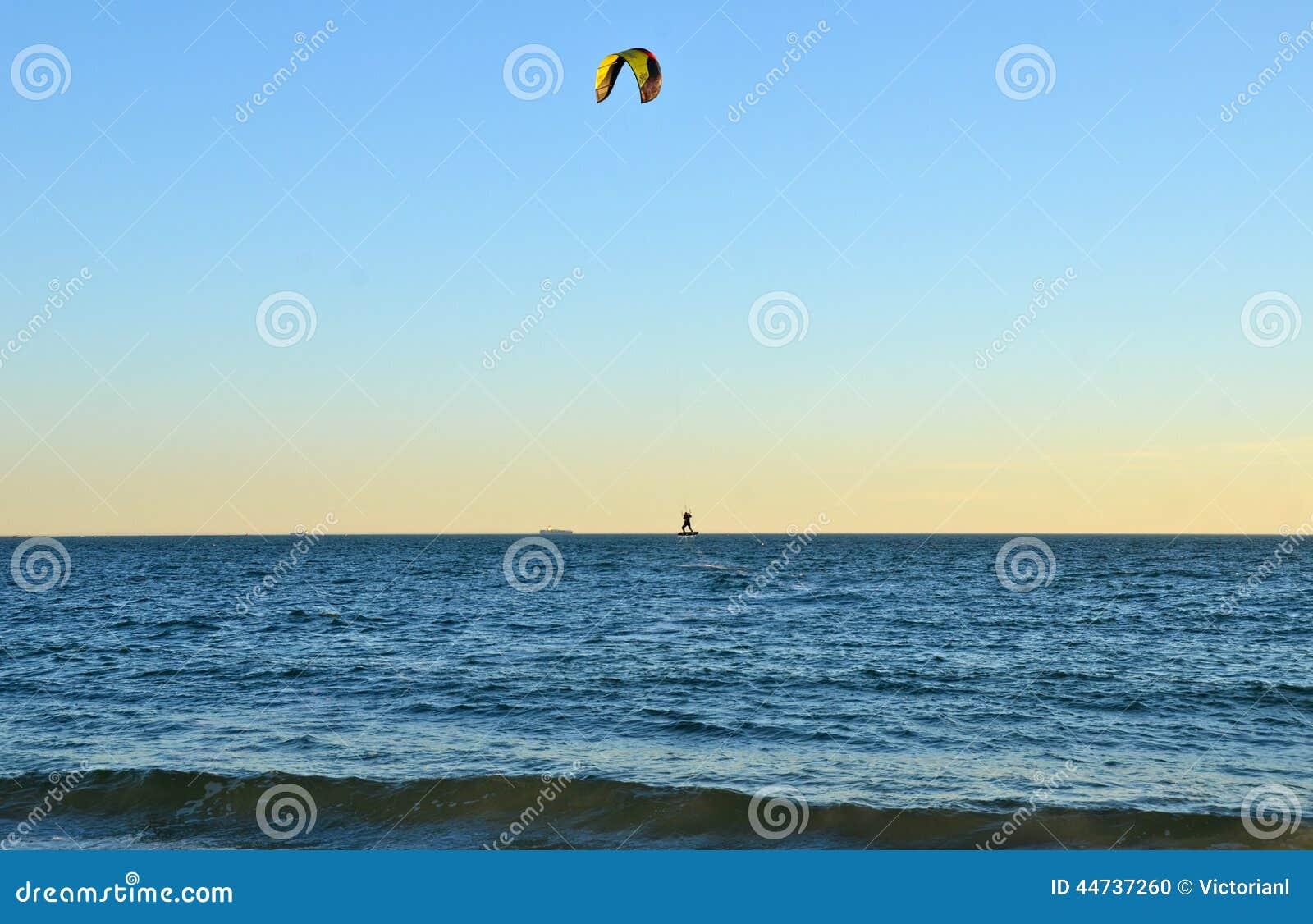 Океан от пляжа Брайтона, Нью-Йорка
