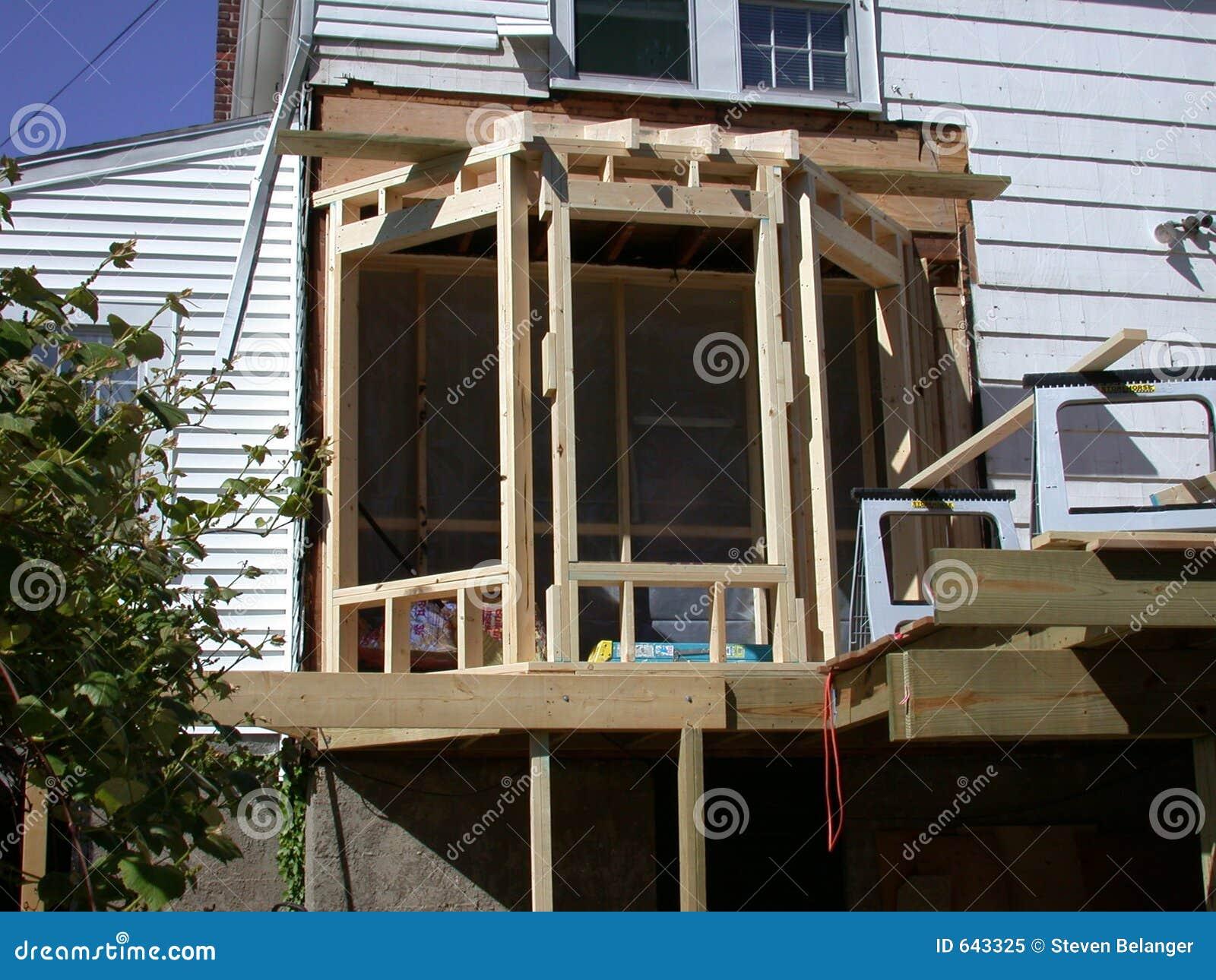 Download окно конструкции залива стоковое изображение. изображение насчитывающей дом - 643325