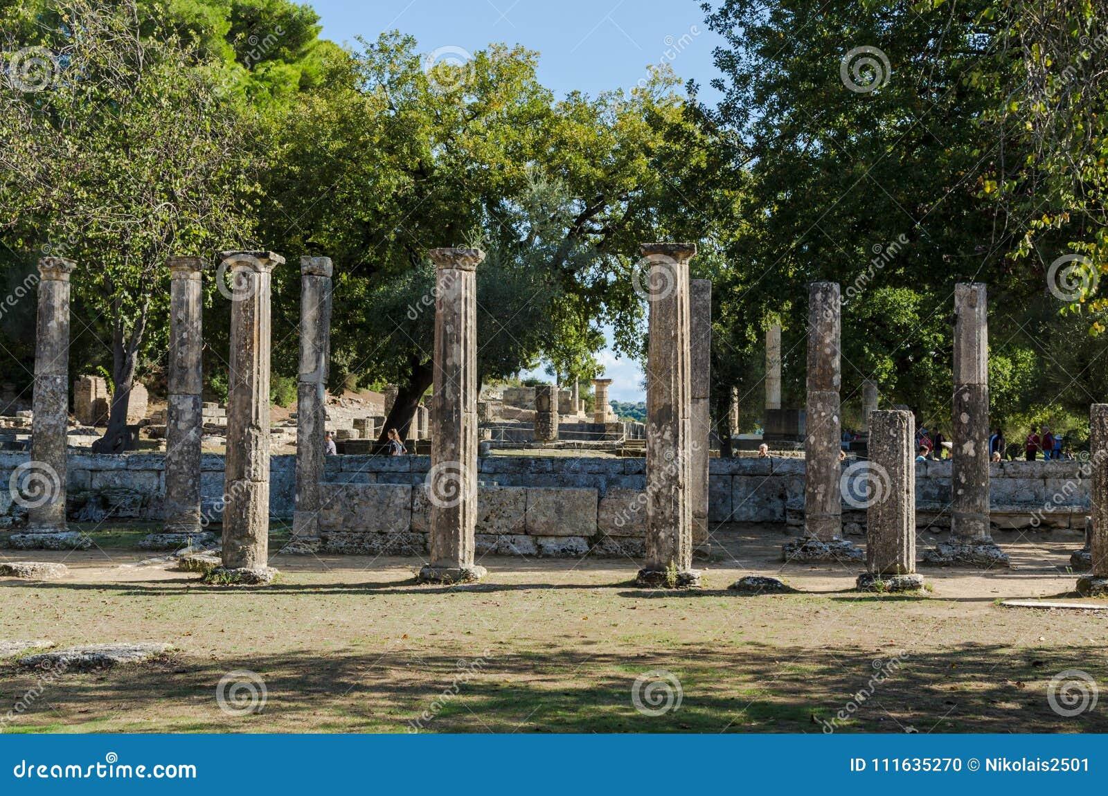 Олимпия, Греция - 31-ое октября 2017: Руины старой Олимпии, Peloponnesus, Греции