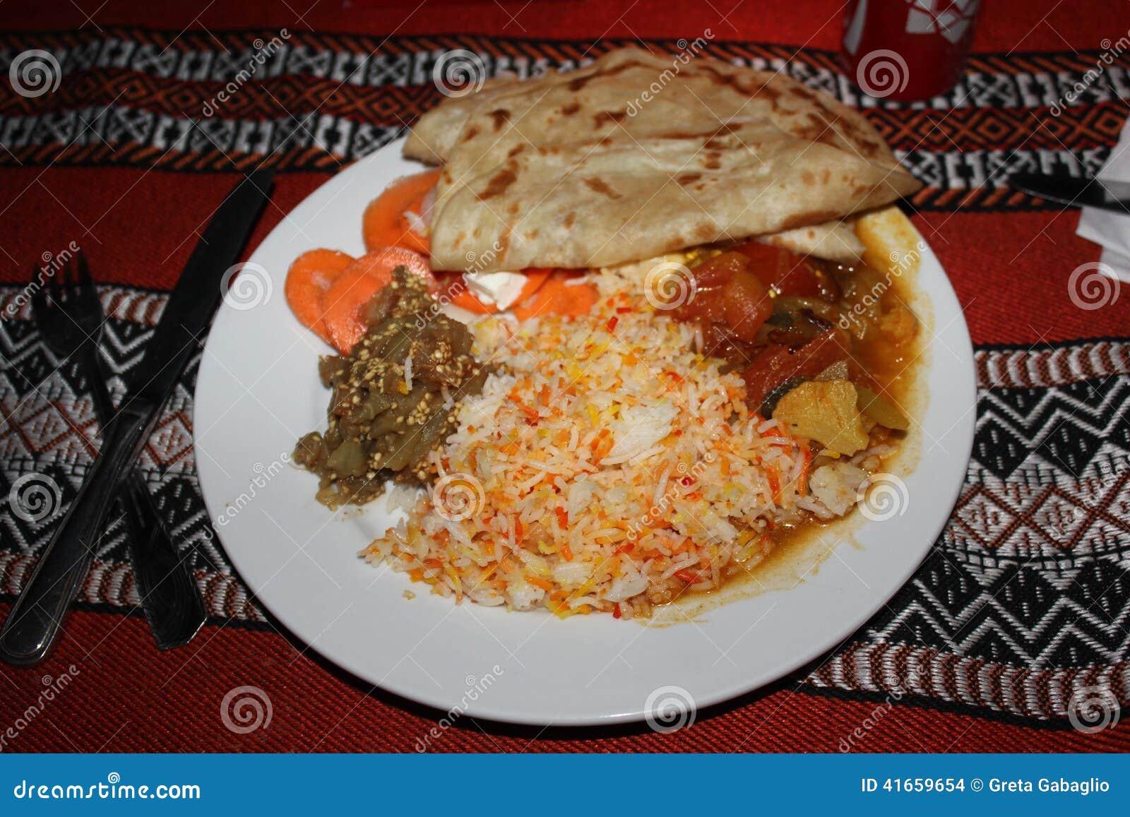 Оманское типичное блюдо