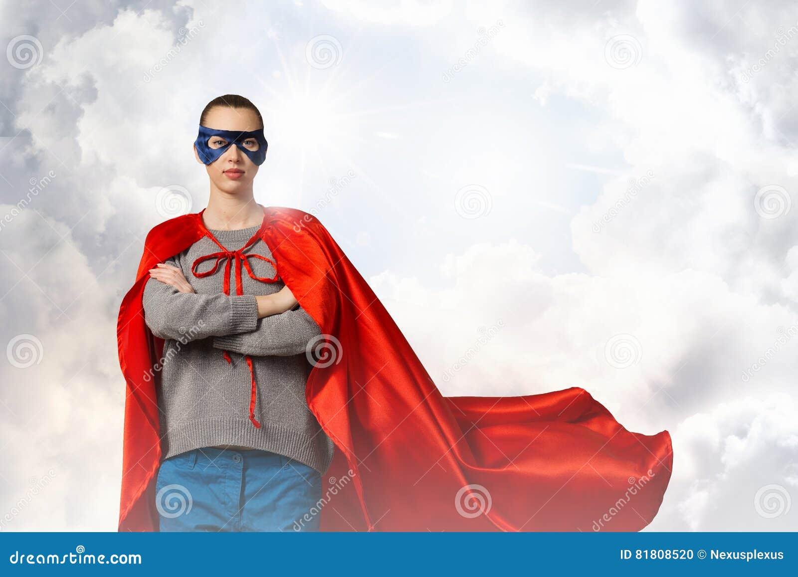 Она супергерой Мультимедиа