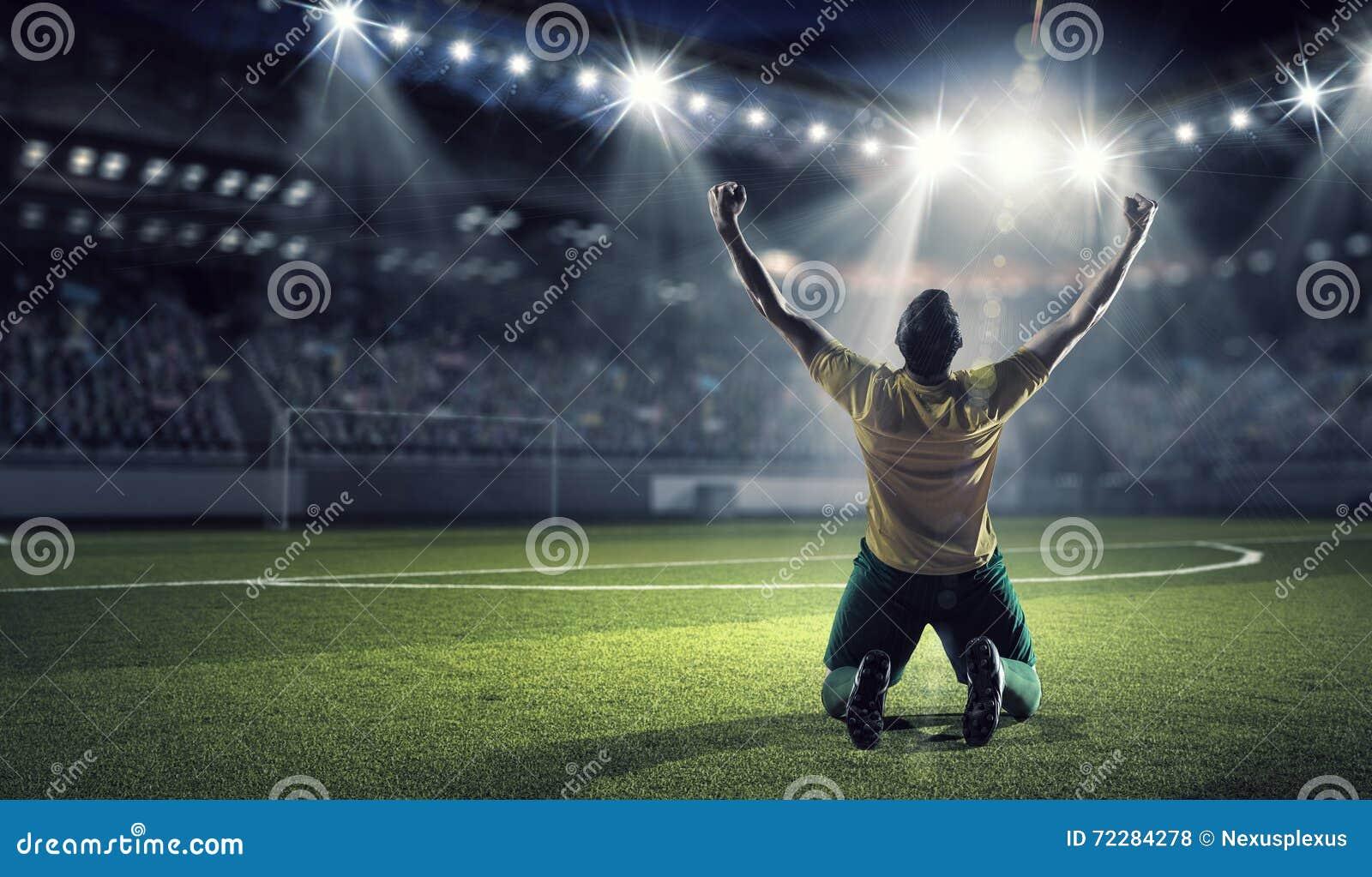 Download Он чемпион стоковое фото. изображение насчитывающей актеров - 72284278