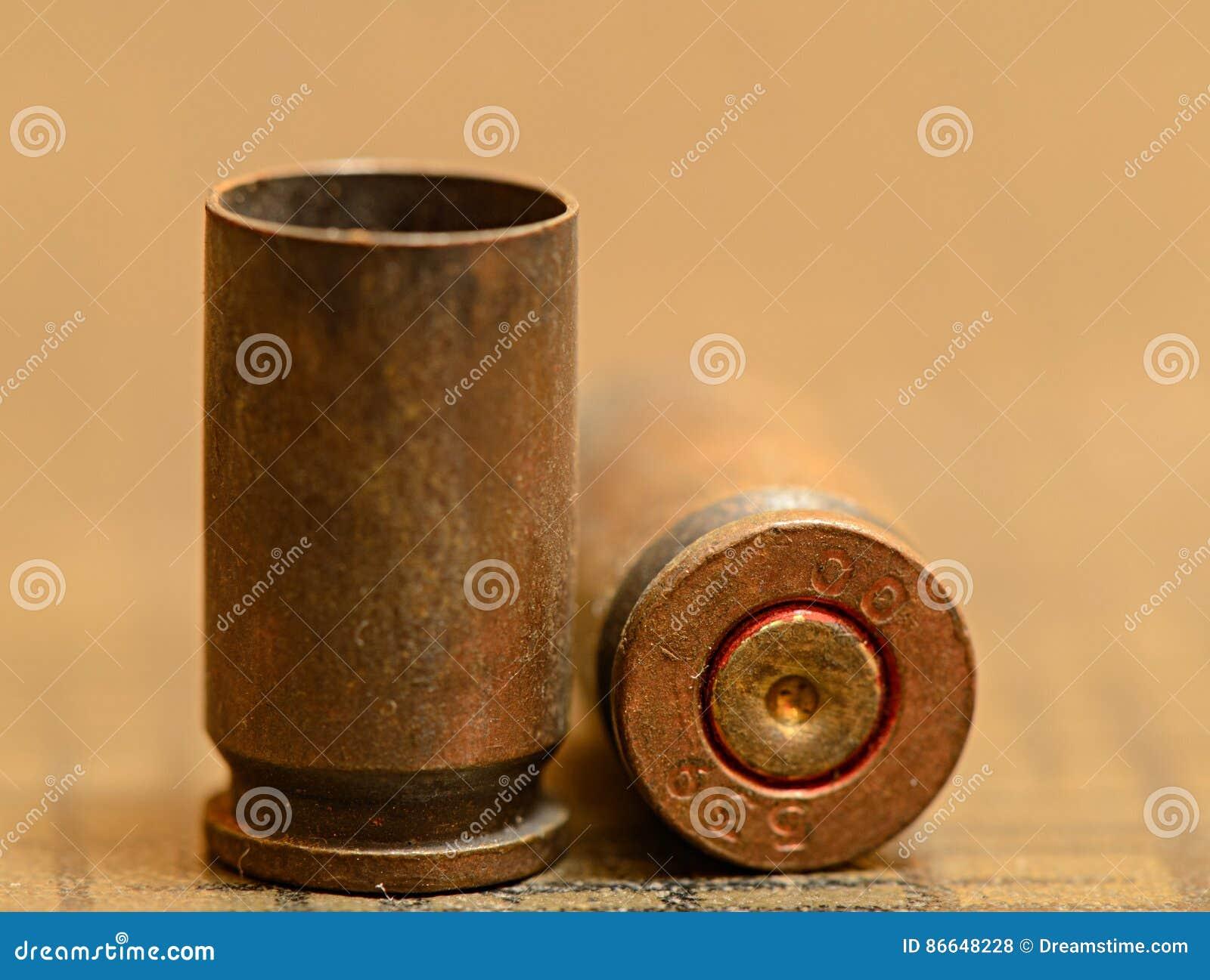 Опорожните кожухи раковины пули 9mm
