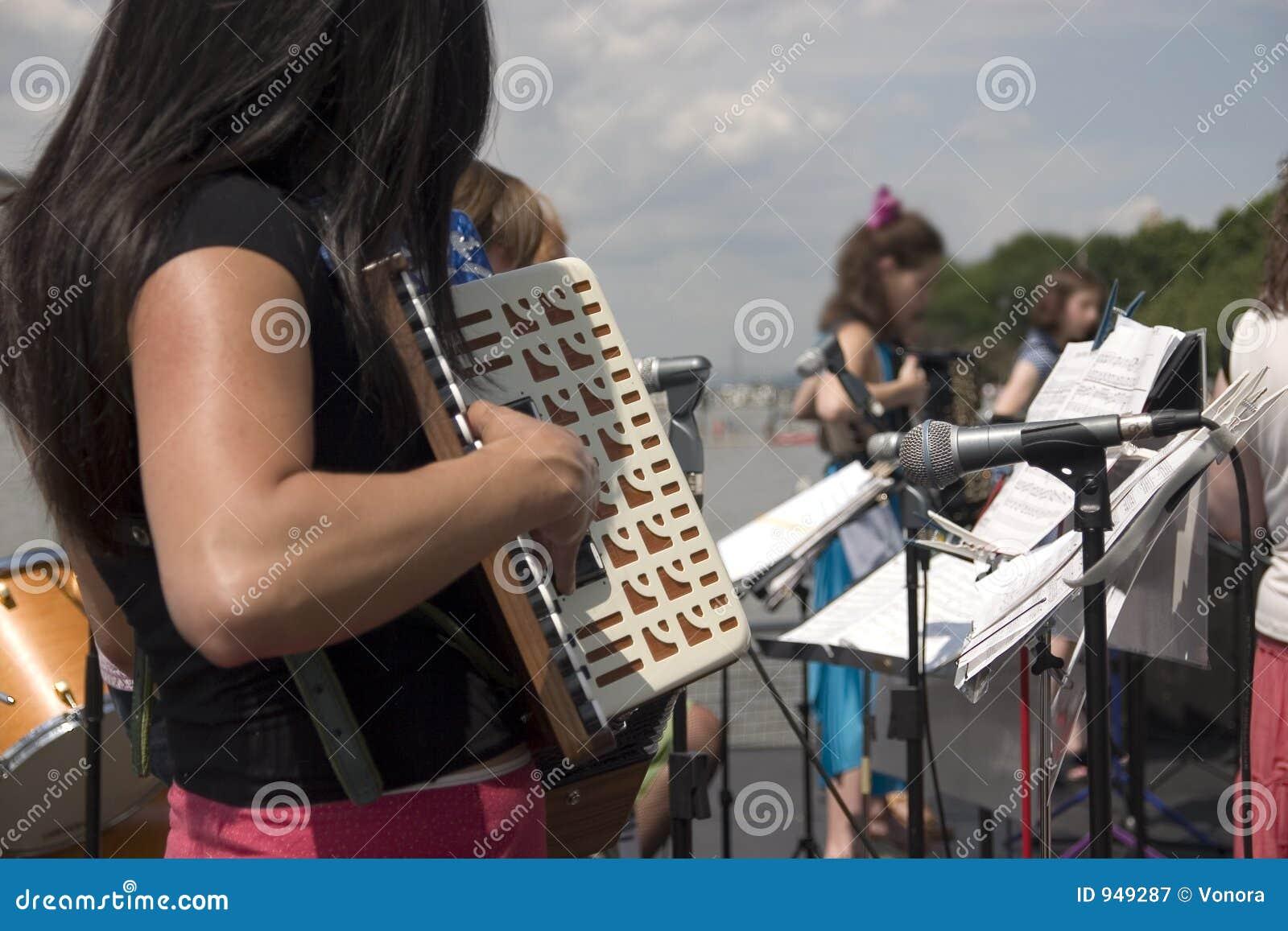 оркестр аккордеони