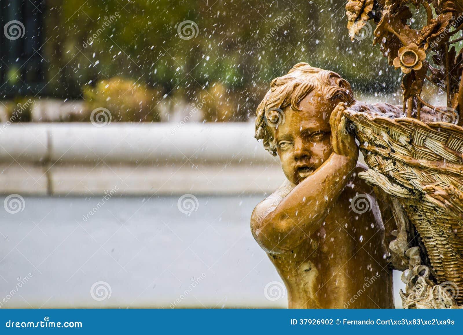 Орнаментальные фонтаны дворца Аранхуэса, Мадрида, Spain.Wo