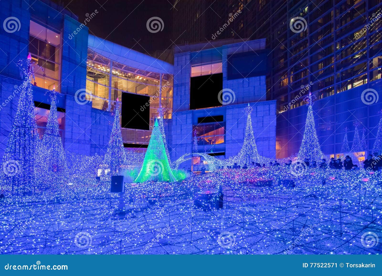 Освещения сезона рождества и зимы токио