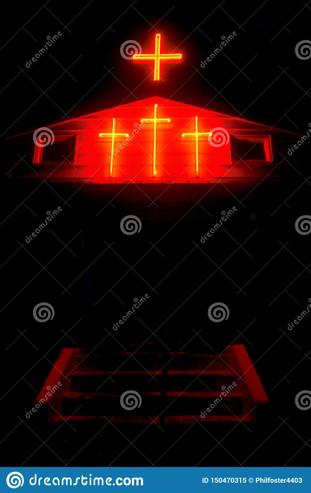 Освещенные кресты в Канзасе