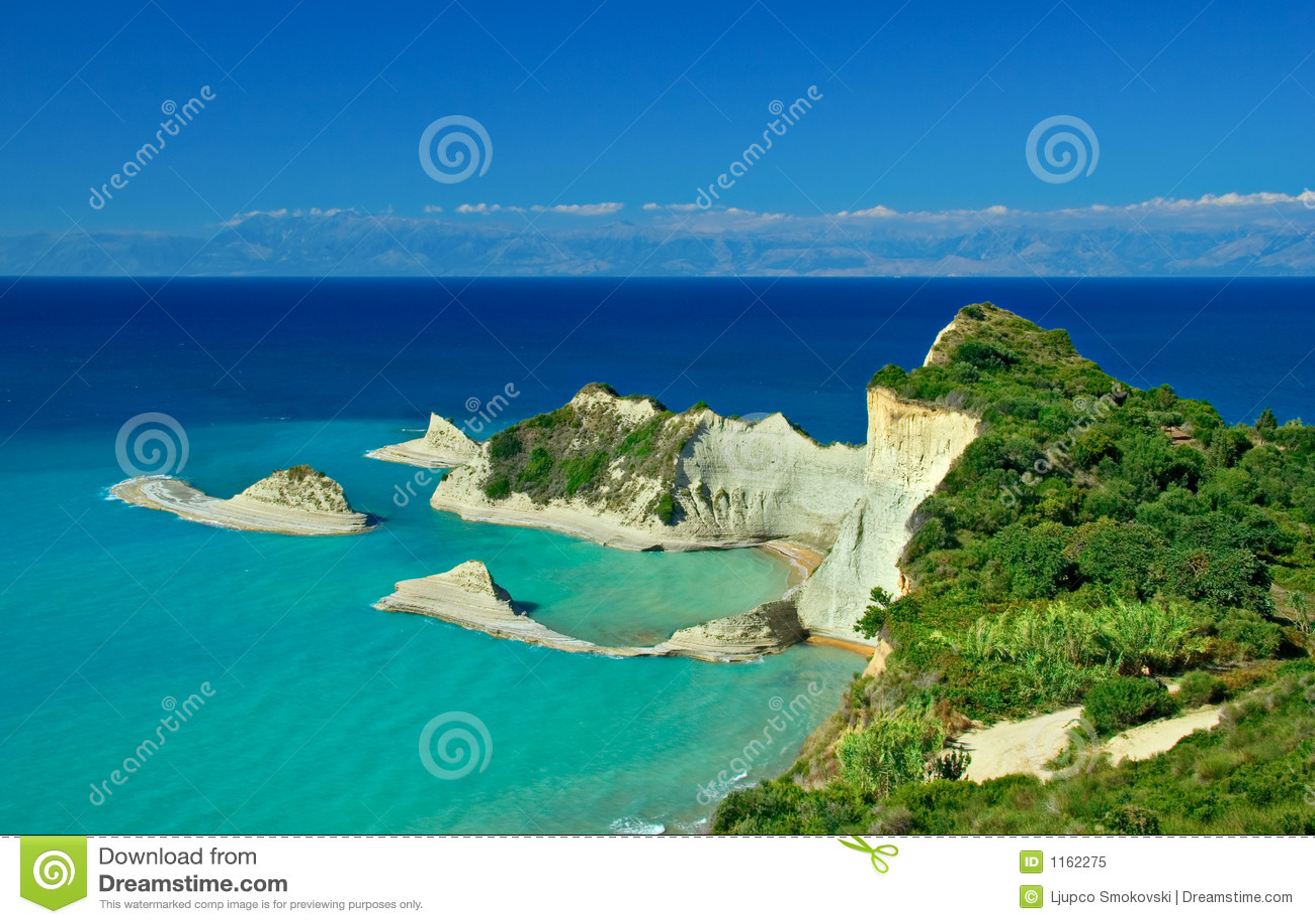 острова drastis плащи-накидк рядом