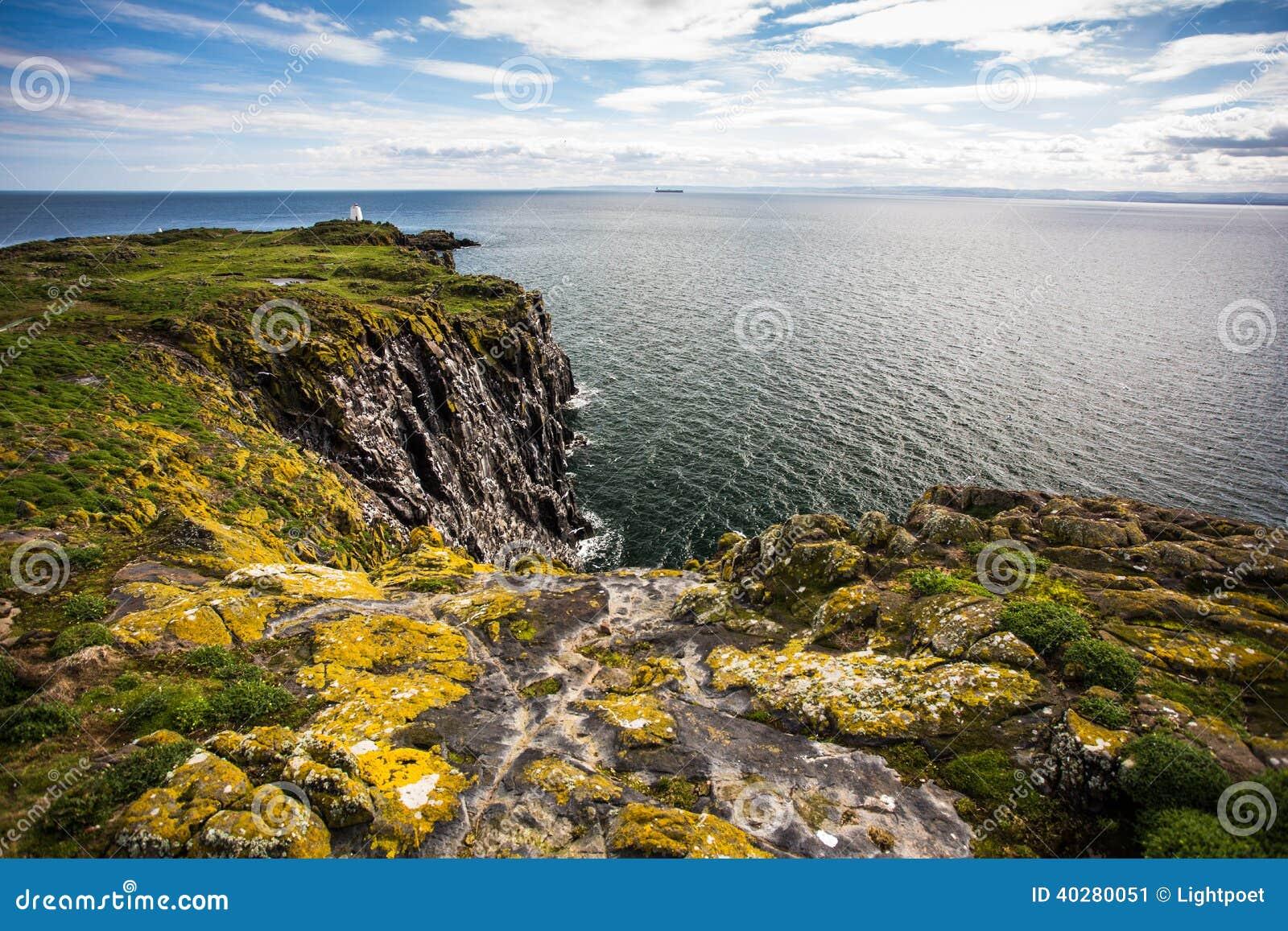 Остров от мая