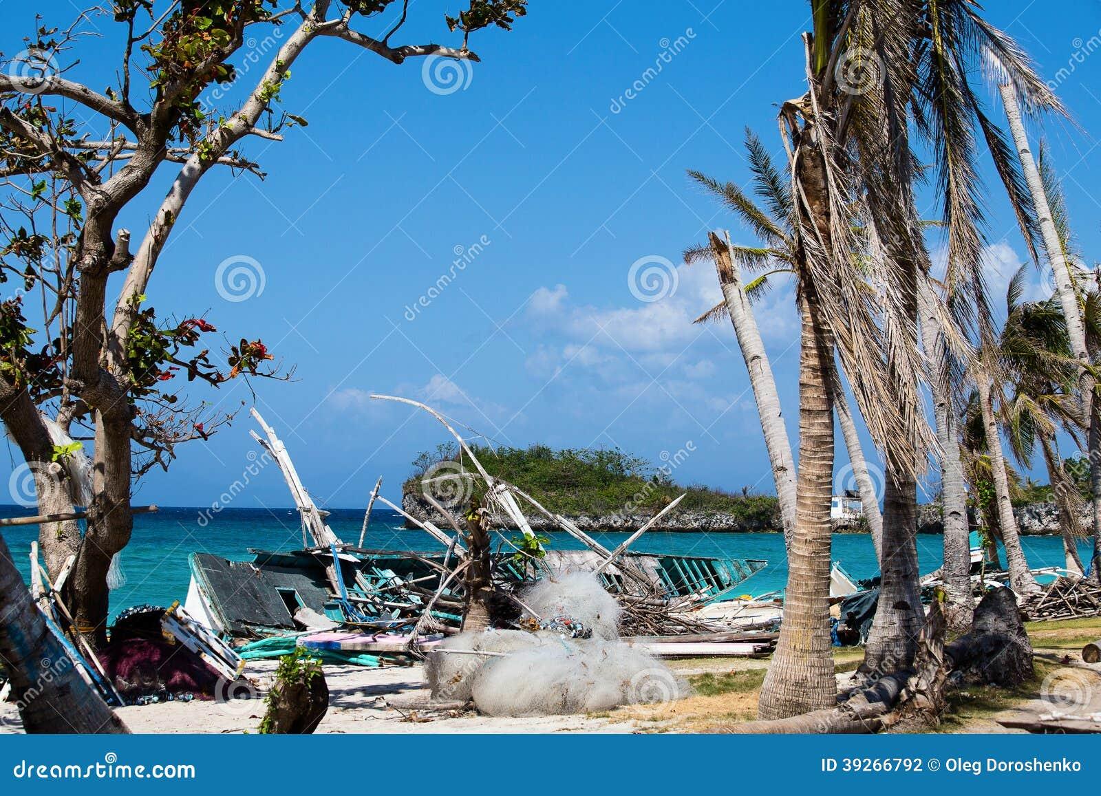 Остров Malapascua после тайфуна, Филиппин