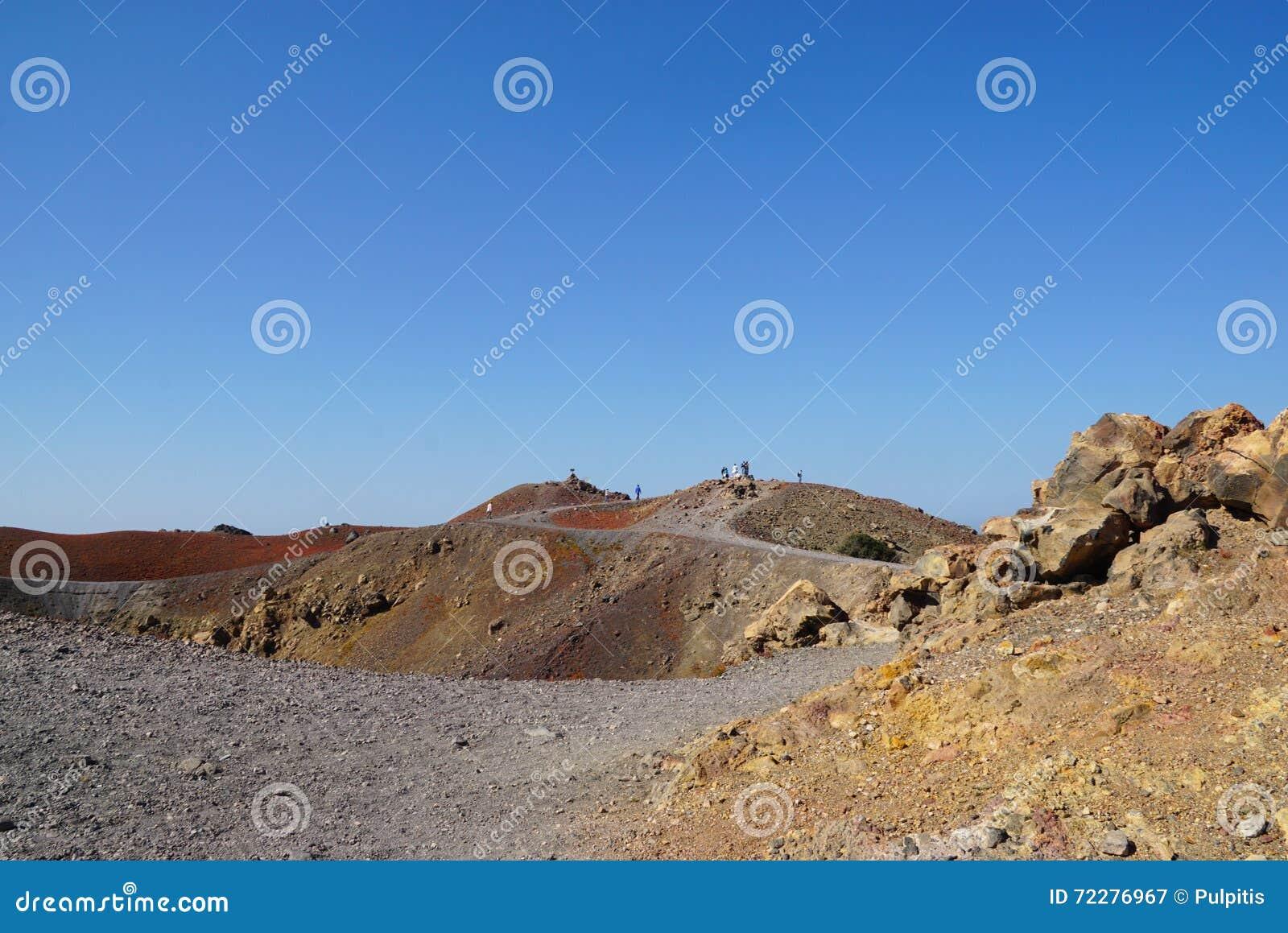 Download Остров Nea Kameni около Santorini в Греции Стоковое Изображение - изображение насчитывающей вулкан, остров: 72276967