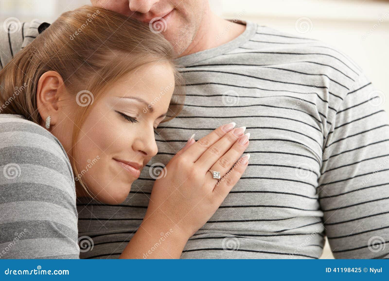 ослаблять пар счастливый