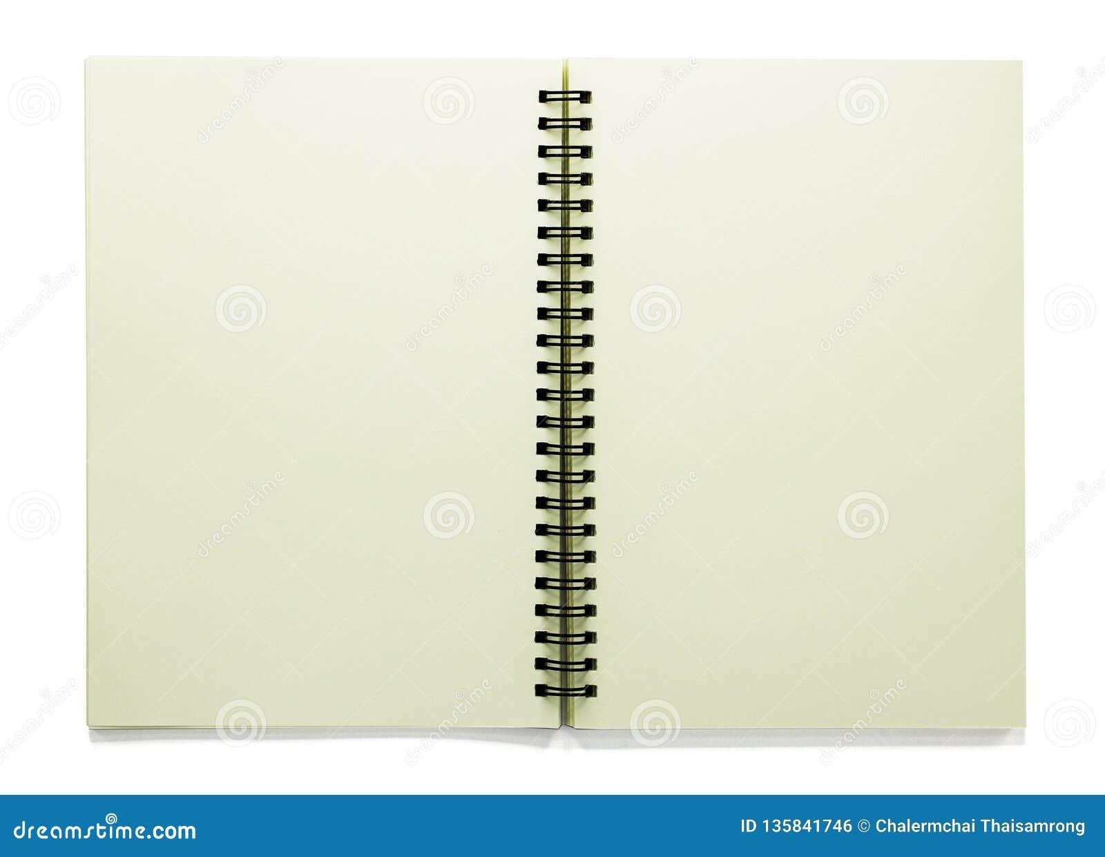 Открытый пустой sketchbook изолированный на белой предпосылке с путем клиппирования