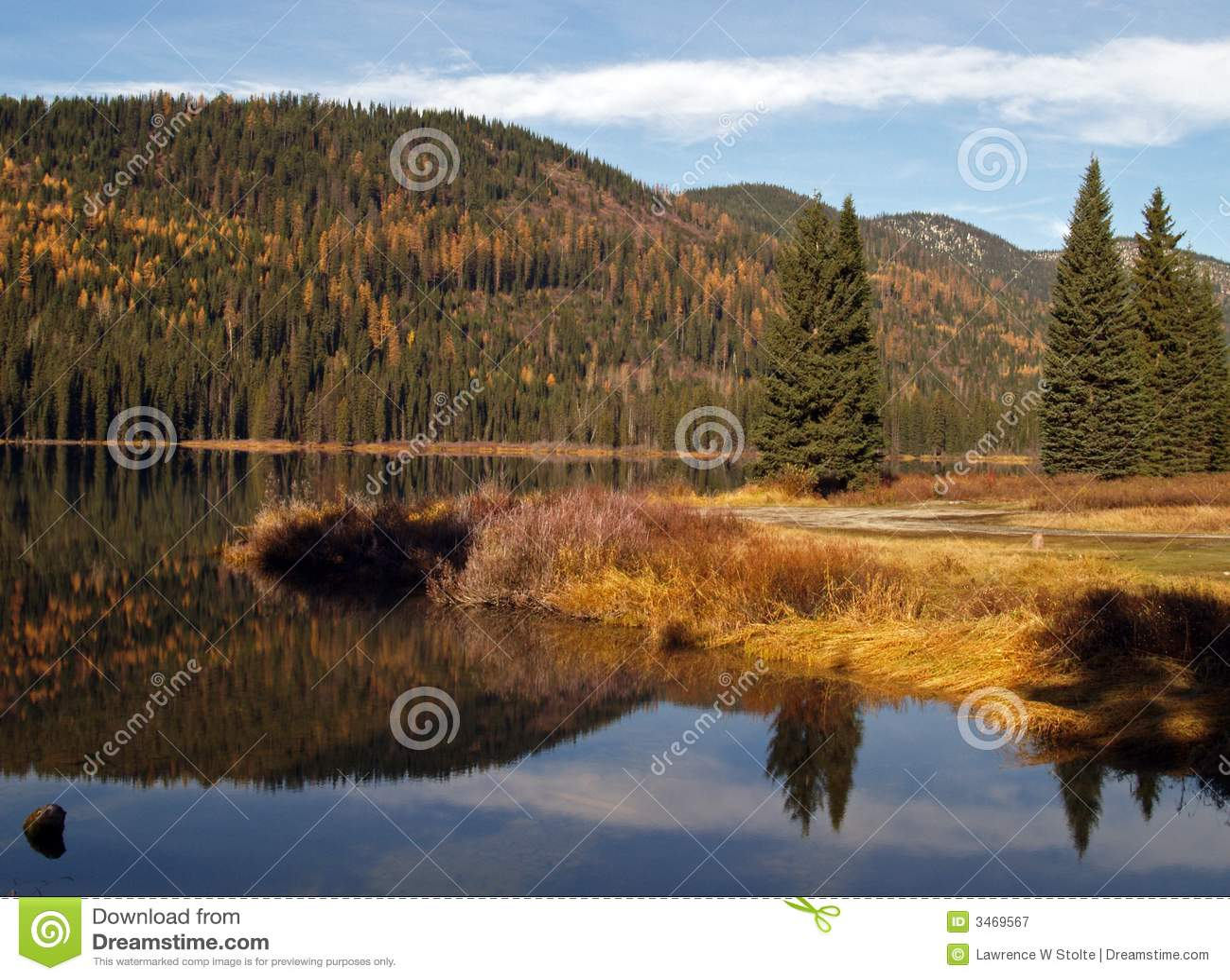 отражение 2 гор озера