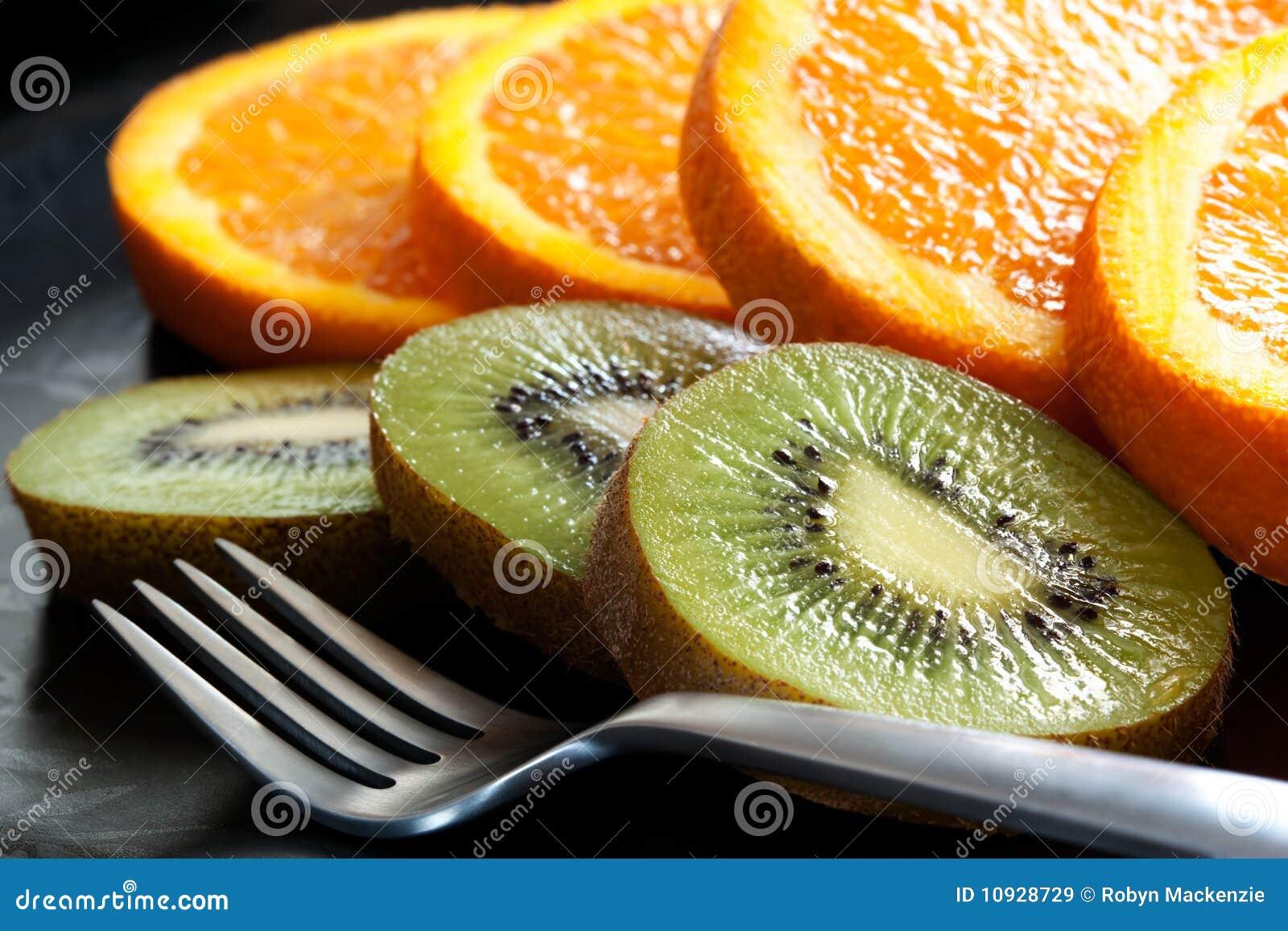 отрезанный помеец кивиа плодоовощ