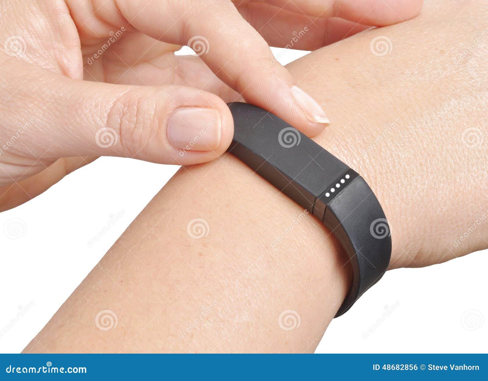 Отслежыватель фитнеса деятельности
