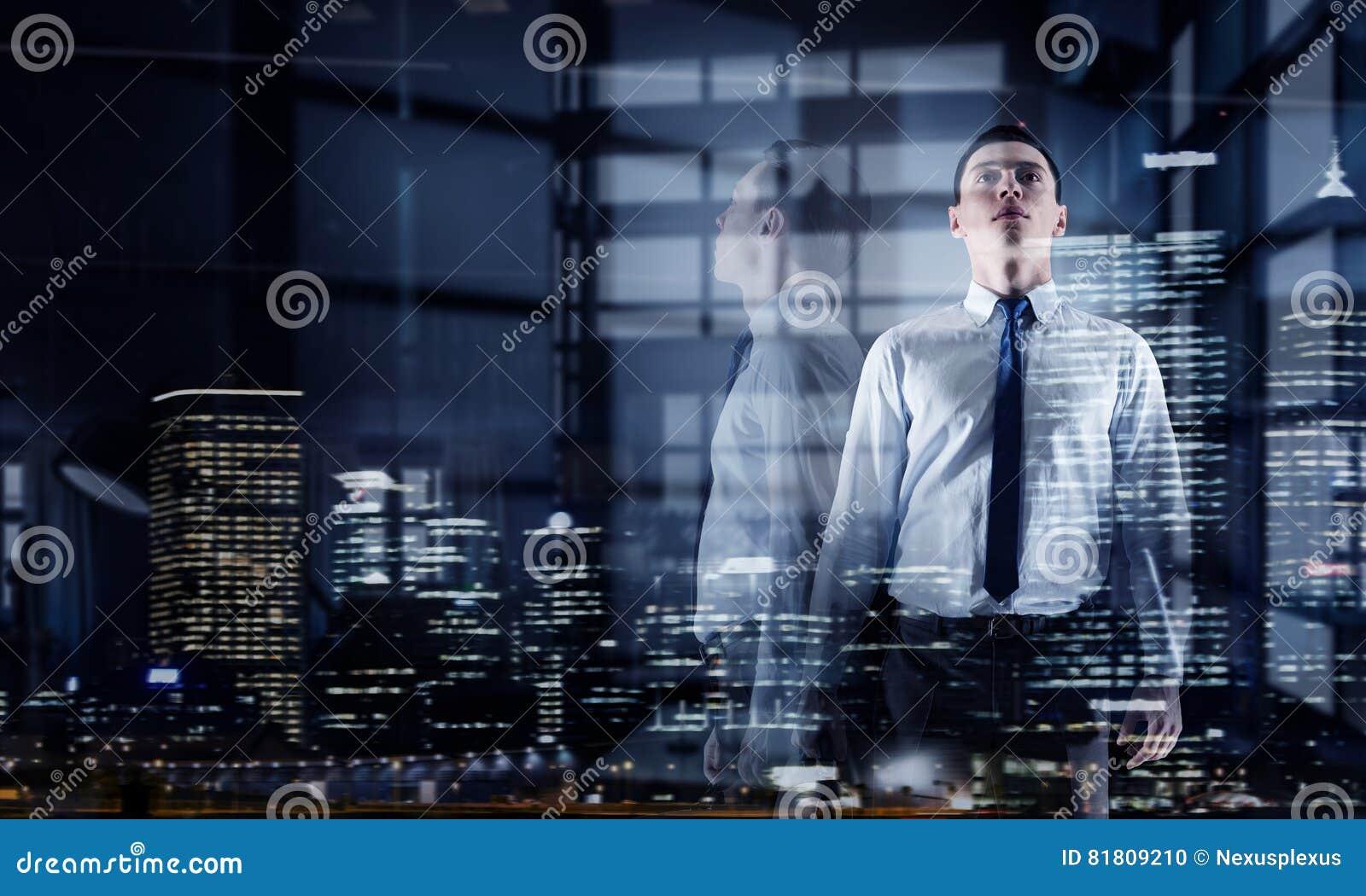 офис бизнесмена самомоднейший Мультимедиа Мультимедиа