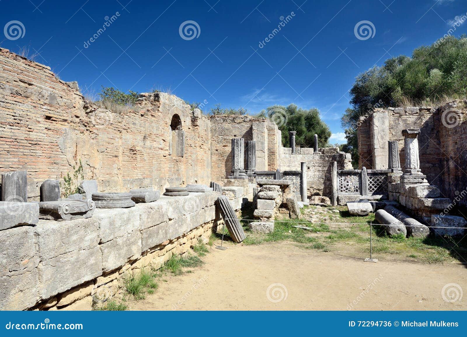 Download Олимпия Греции стоковое фото. изображение насчитывающей ландшафт - 72294736