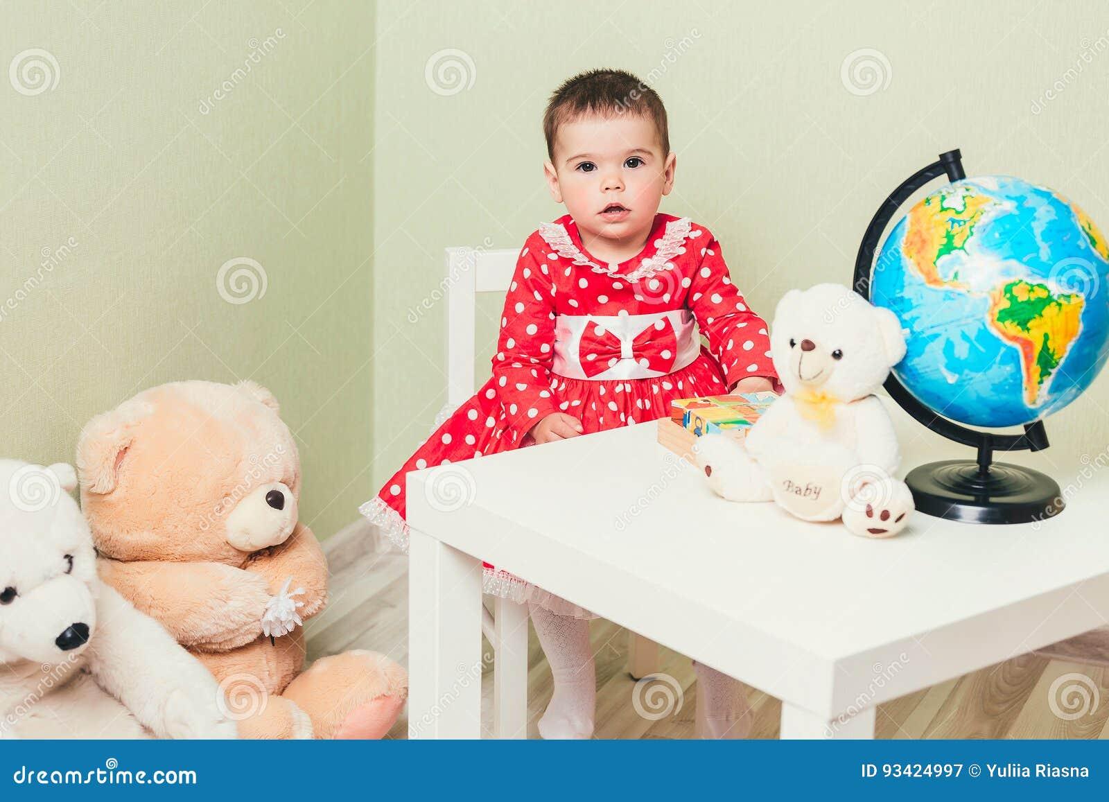 Мальчик и старая тёлка фото 291-202