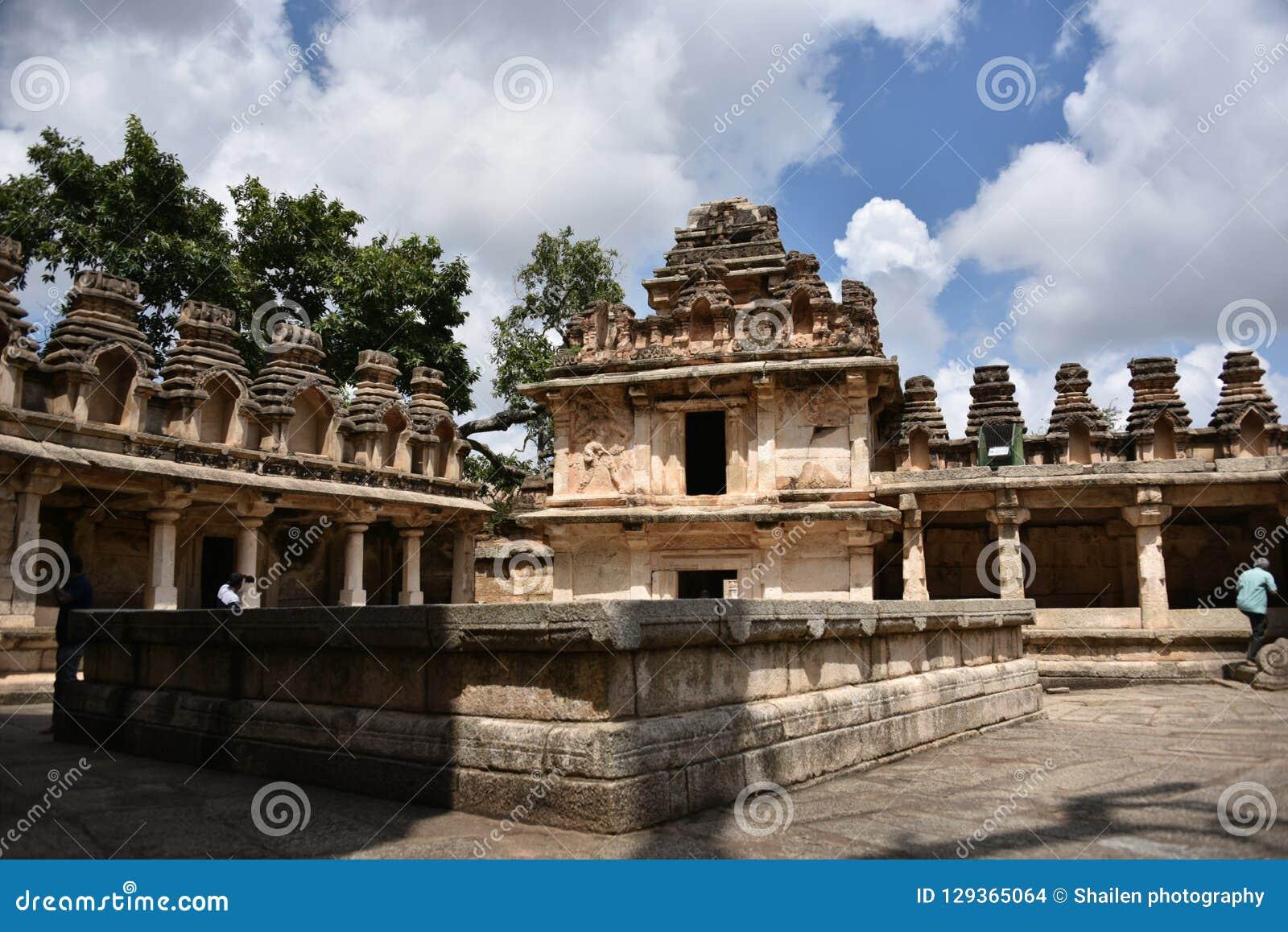 Памятники форта Chitradurga и руины, Karnataka