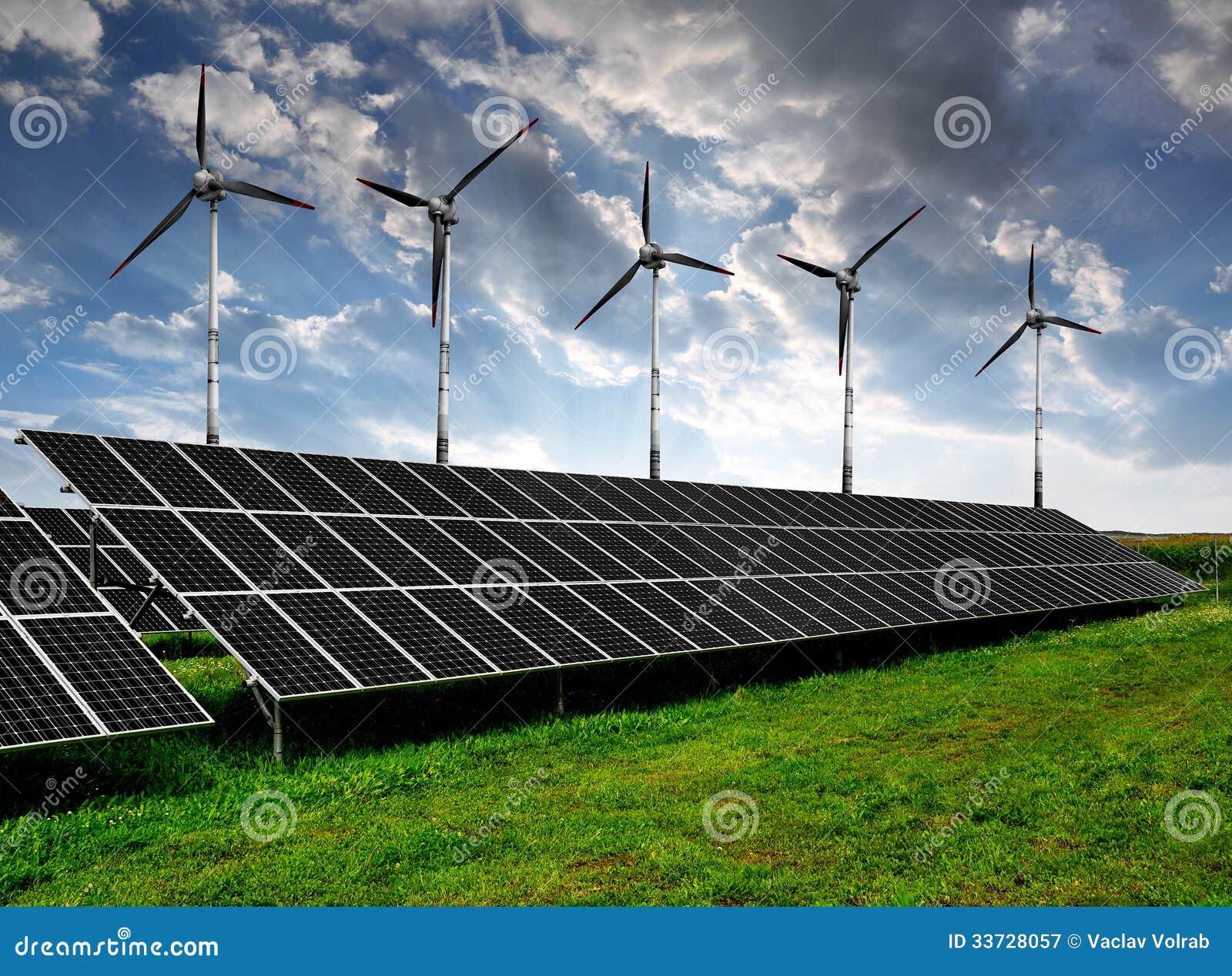 Панели и ветротурбины солнечной энергии