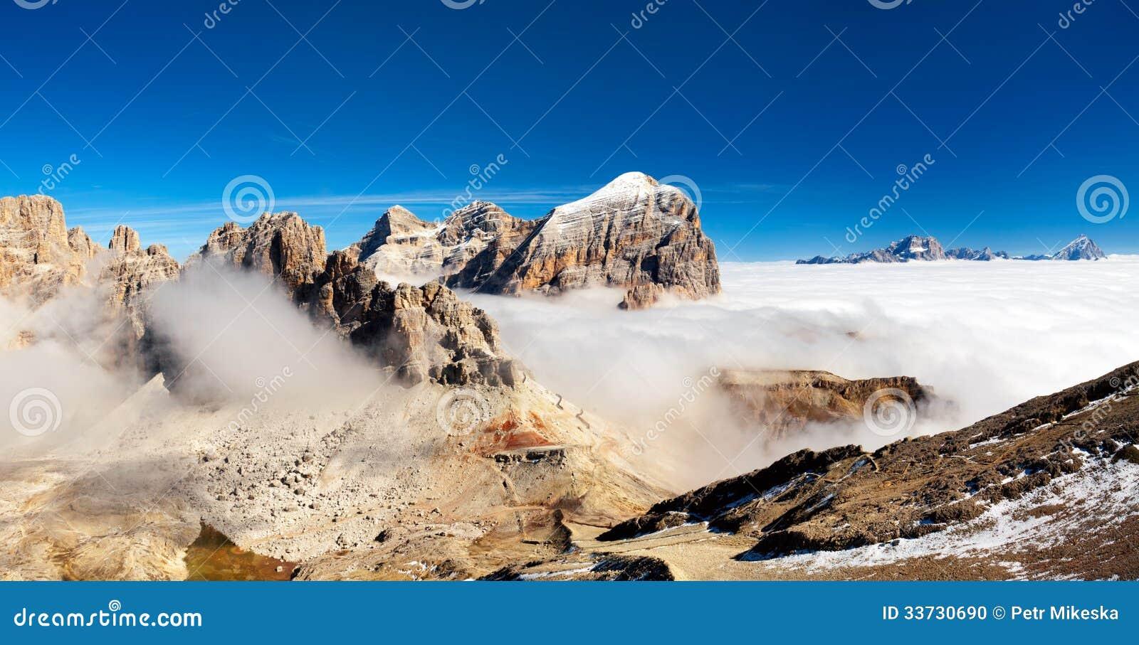 Панорама итальянки Альпов - группы Togfana