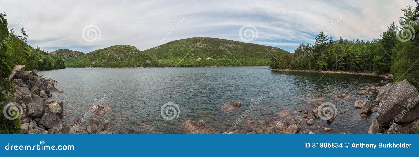 Панорама пруда Joran