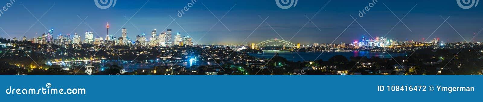 Панорама Сиднея на ноче