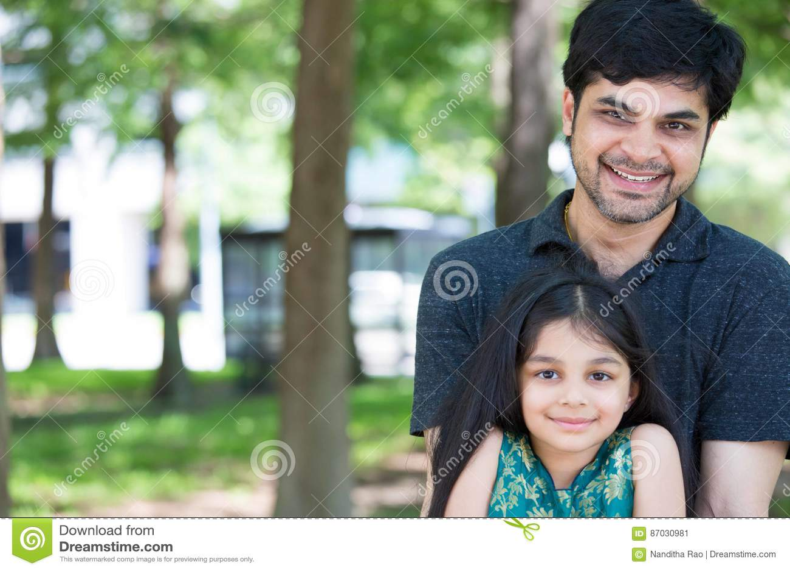 Папа и девушка