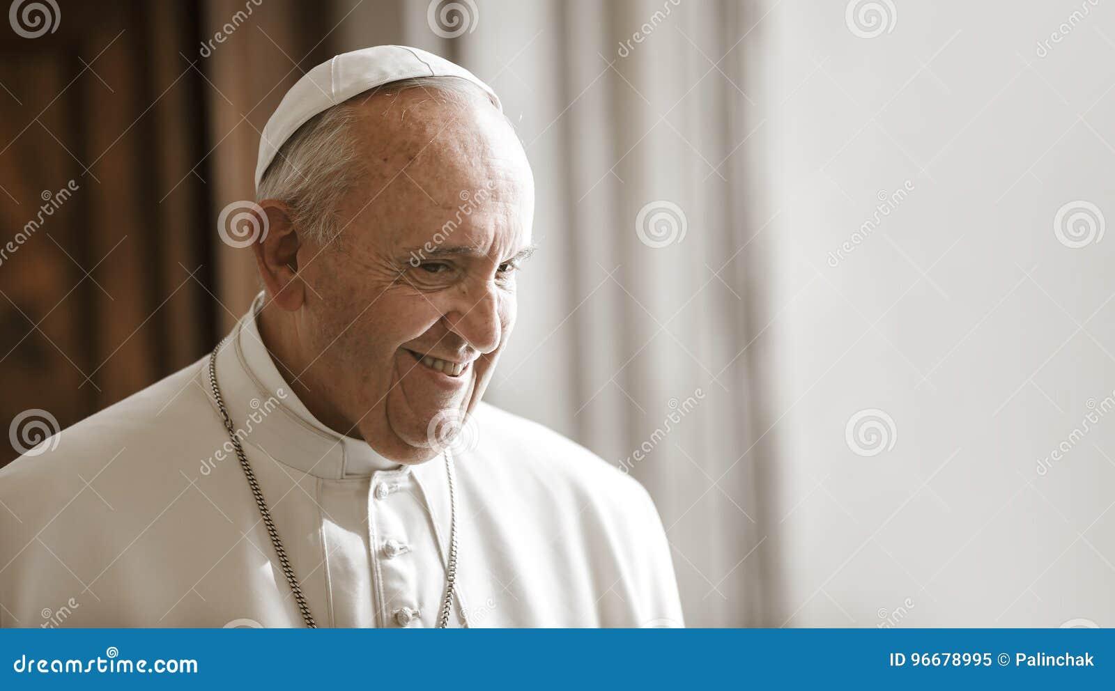 Папа Фрэнсис, Ватикан